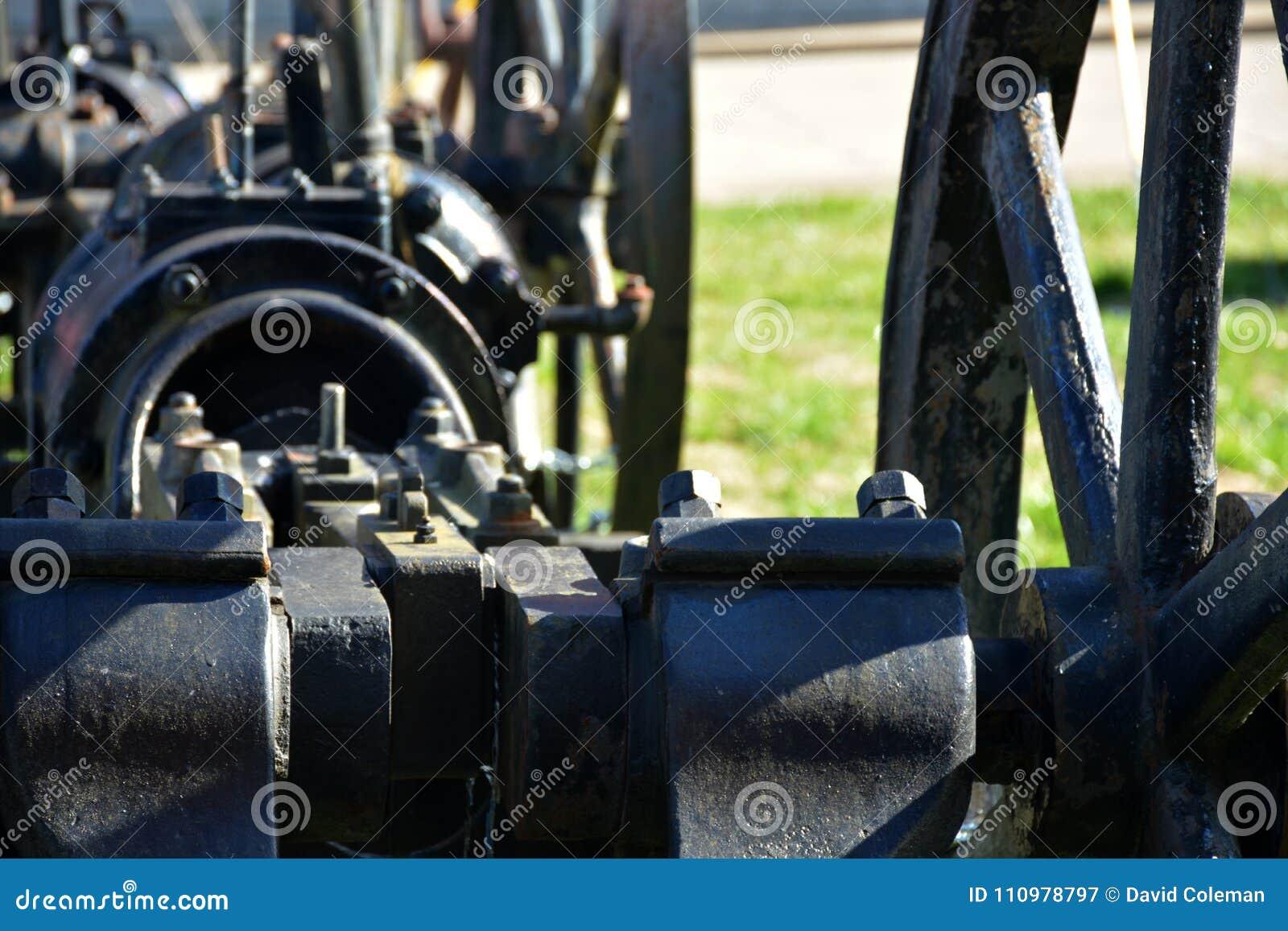 Bomba del pozo de petróleo de Atique