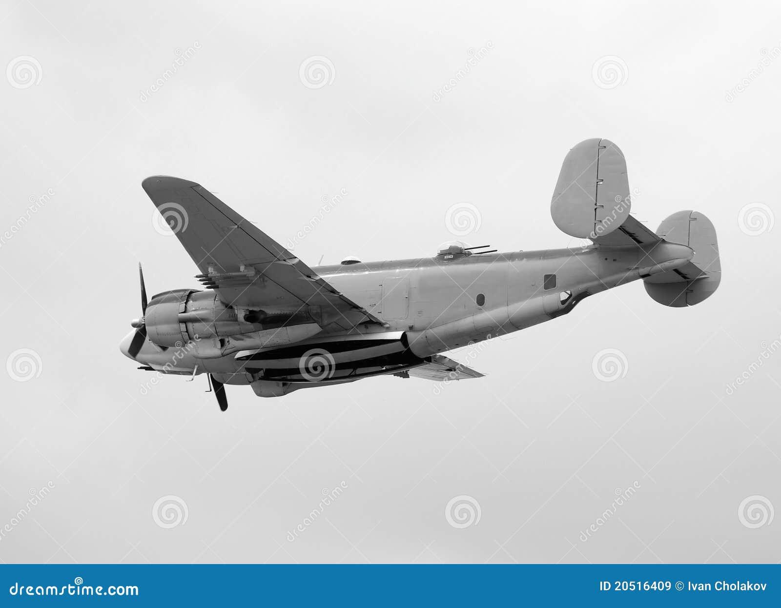 Bombardeiro velho da marinha