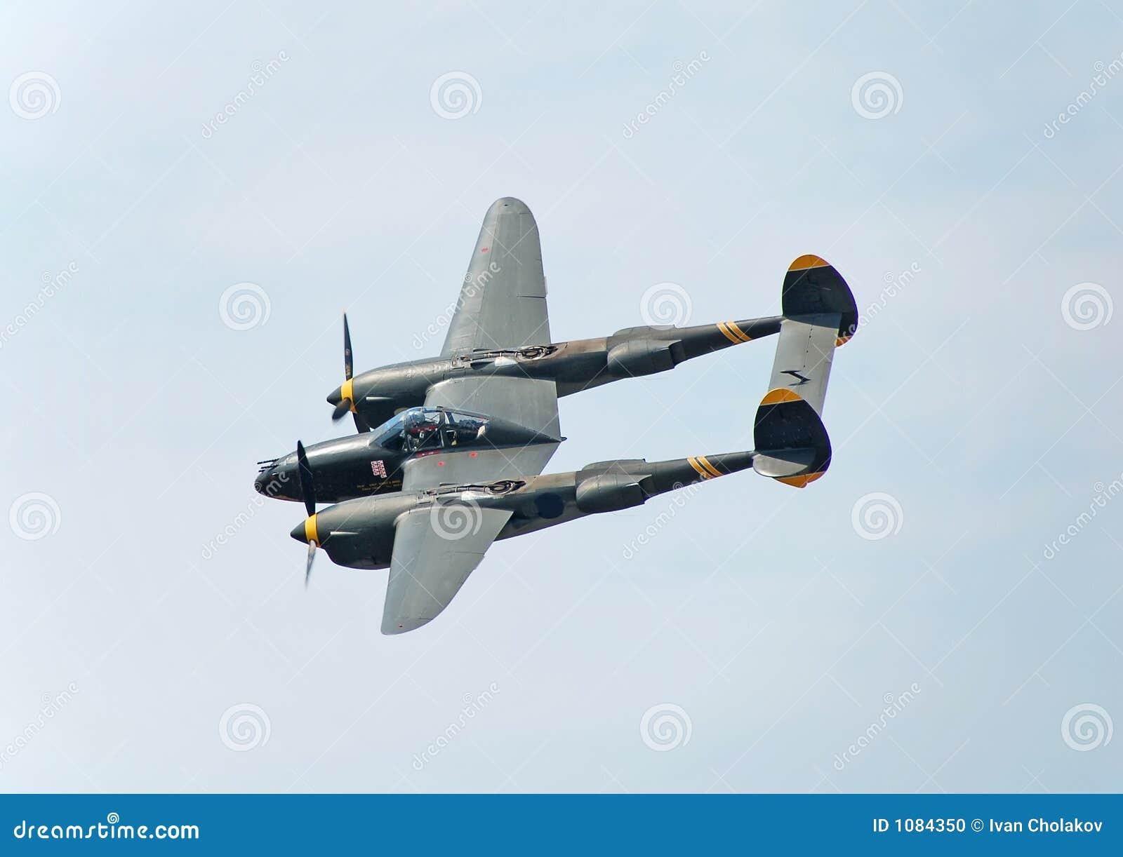 Bombardero de la guerra mundial del relámpago P-38