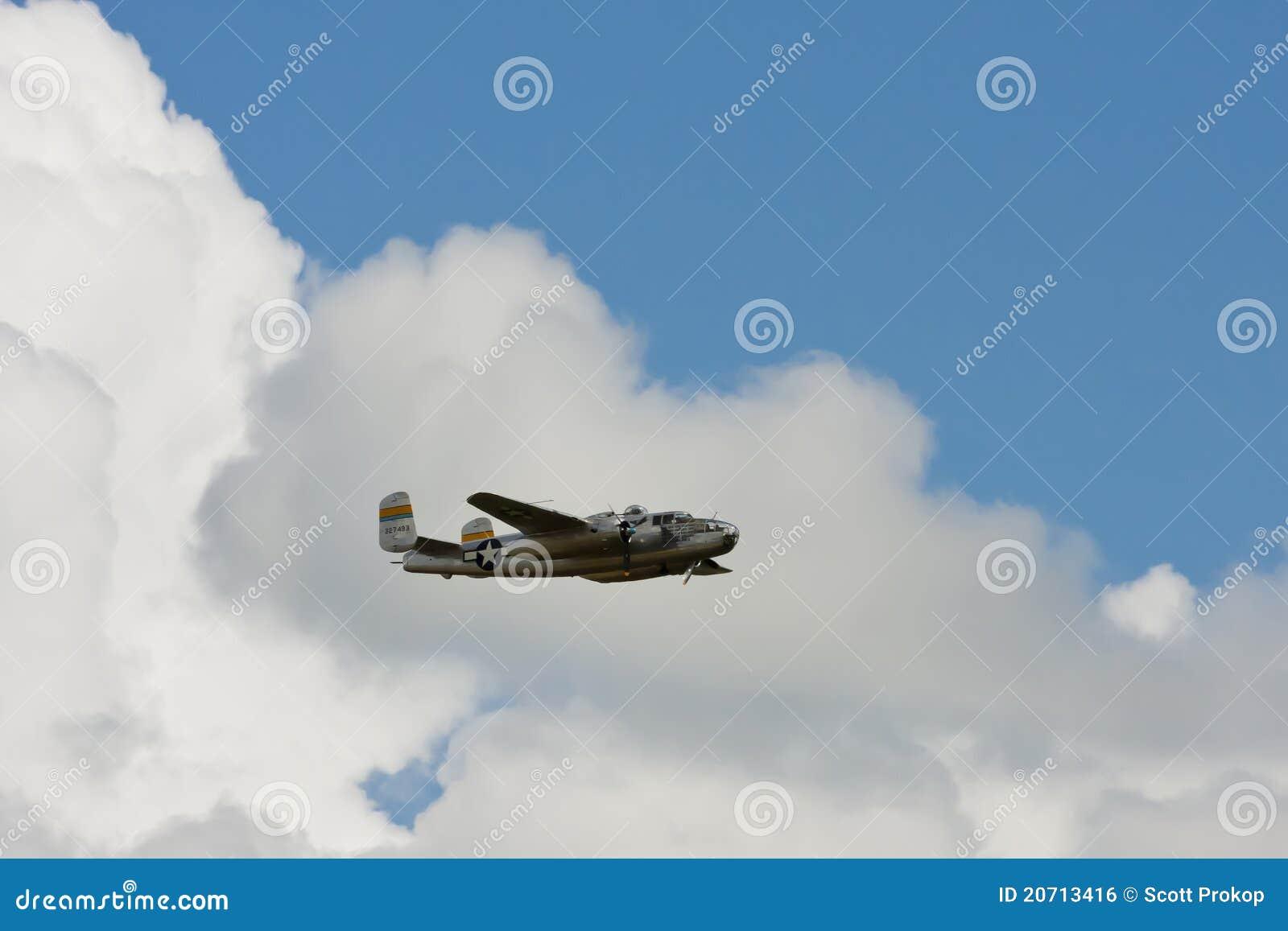 Bombardero norteamericano de B-25 Mitchell