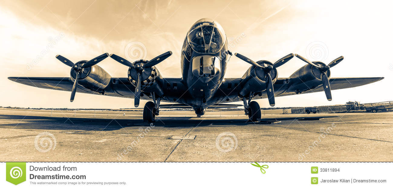 Download Bomber B-17 Memphis Belle editorial stock image. Image of film - 33811894