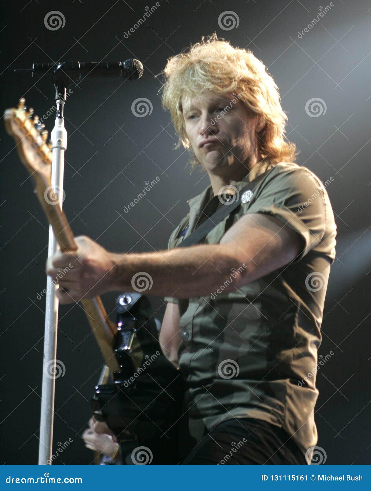Bon Jovi se realiza en concierto
