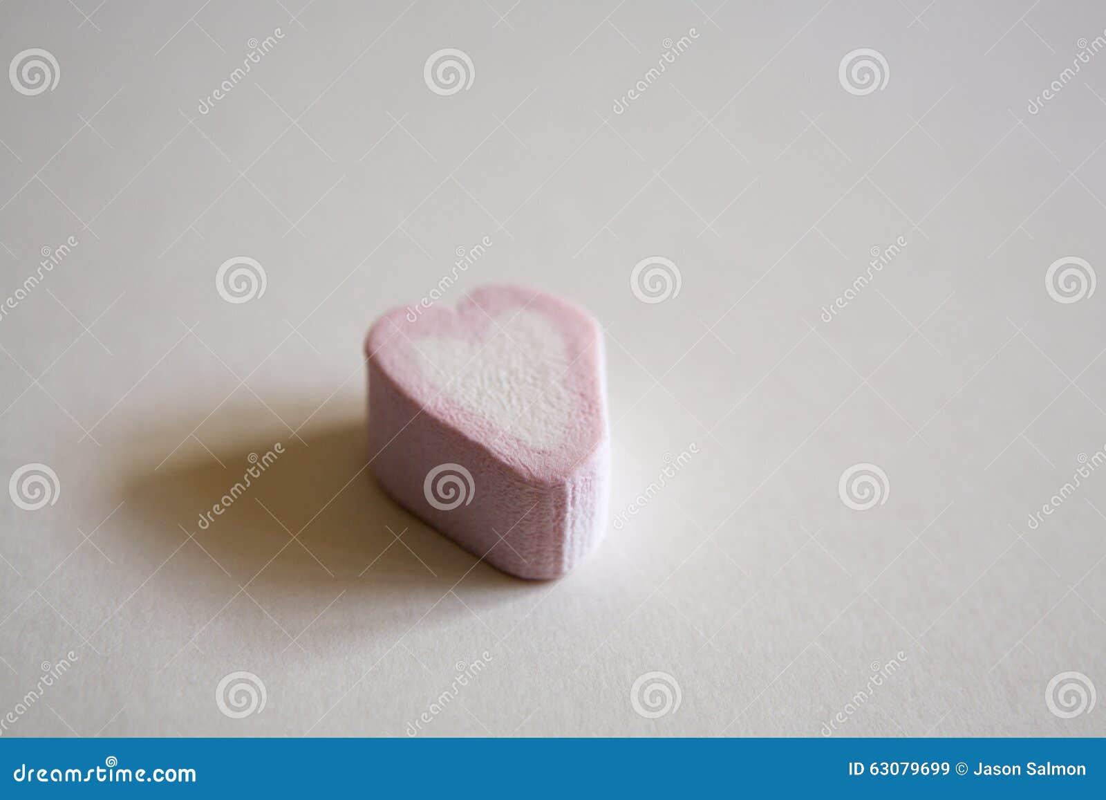 Download Bonbon à Coeur D'amour De Guimauve Image stock - Image du amour, sucrerie: 63079699