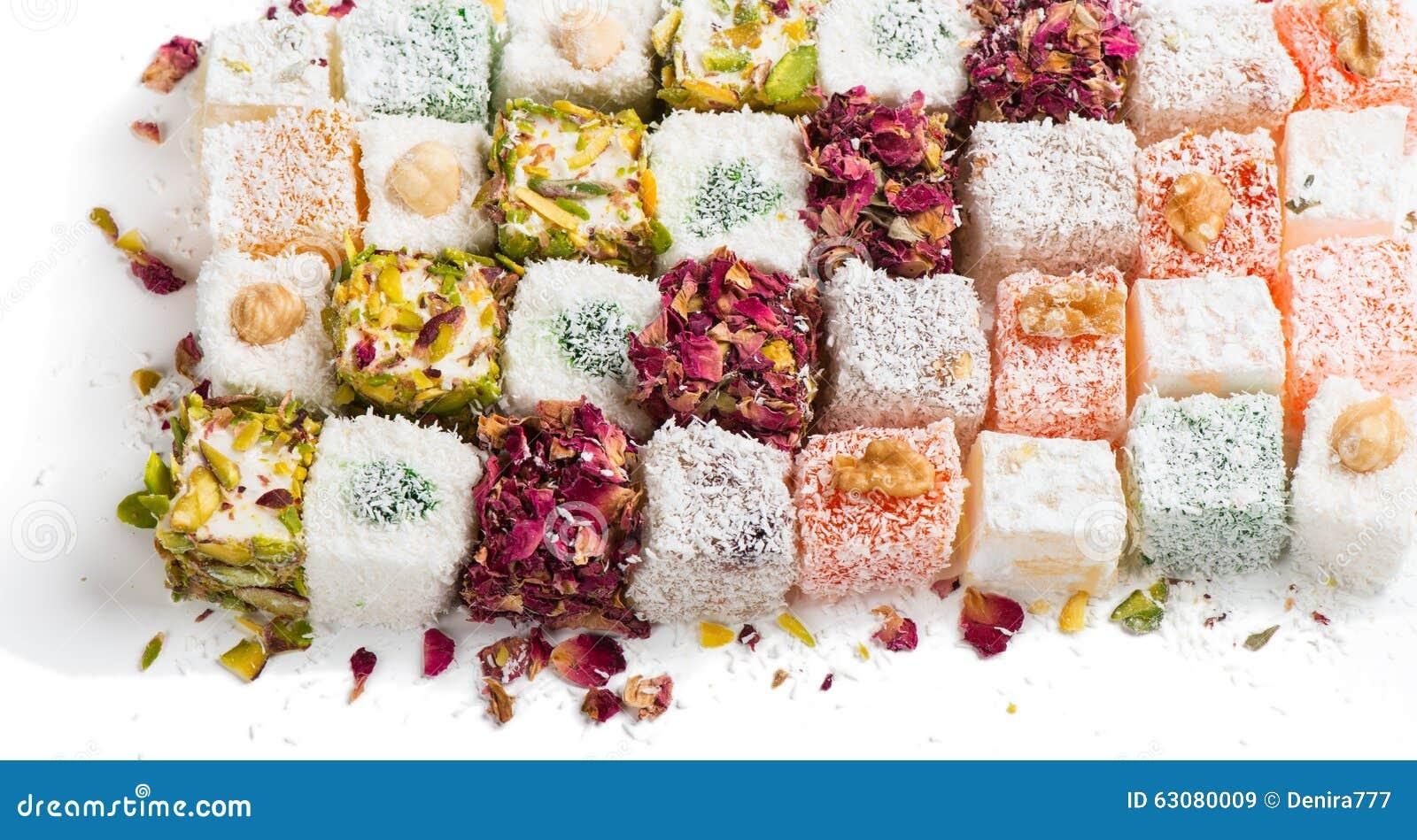 Download Bonbons orientaux image stock. Image du macro, cube, doux - 63080009