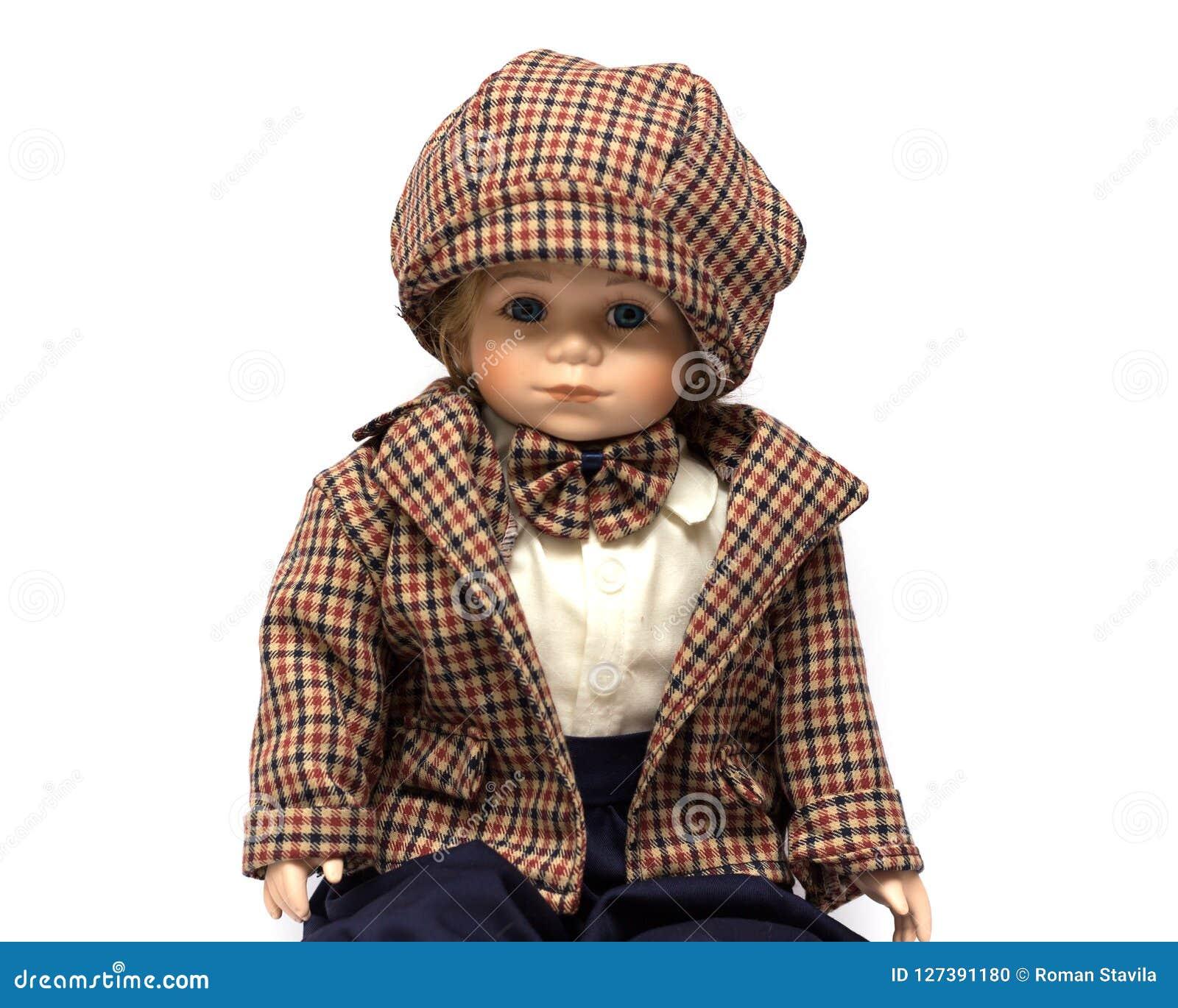 Boneca feito a mão do vintage da porcelana cerâmica do menino moreno com cabelo encaracolado