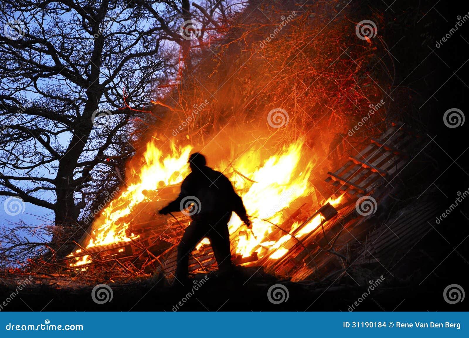Bonfire Stock Images - Image: 31190184