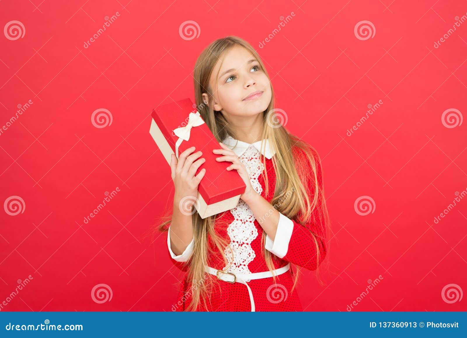 Bonheur d enfance Famille et amour Le jour des enfants Bon parenting Garde d enfants petit enfant de fille école Petit heureux