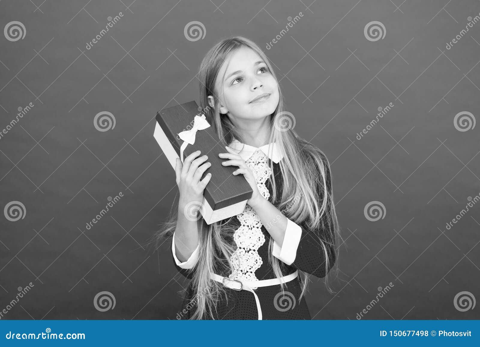 Bonheur d enfance Famille et amour Le jour des enfants Bon parenting Garde d enfants petit enfant de fille ?cole Petit heureux