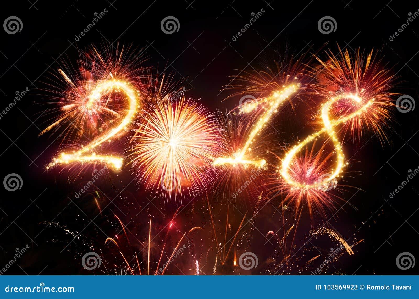 Bonne année - feux d artifice rouges