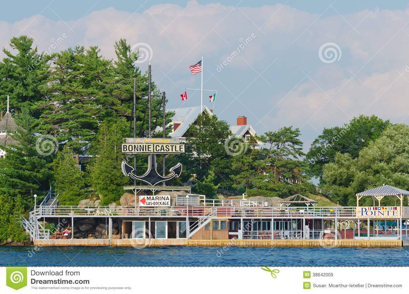 Bonnie Castle Resort Alexandria Bay, de V.S.