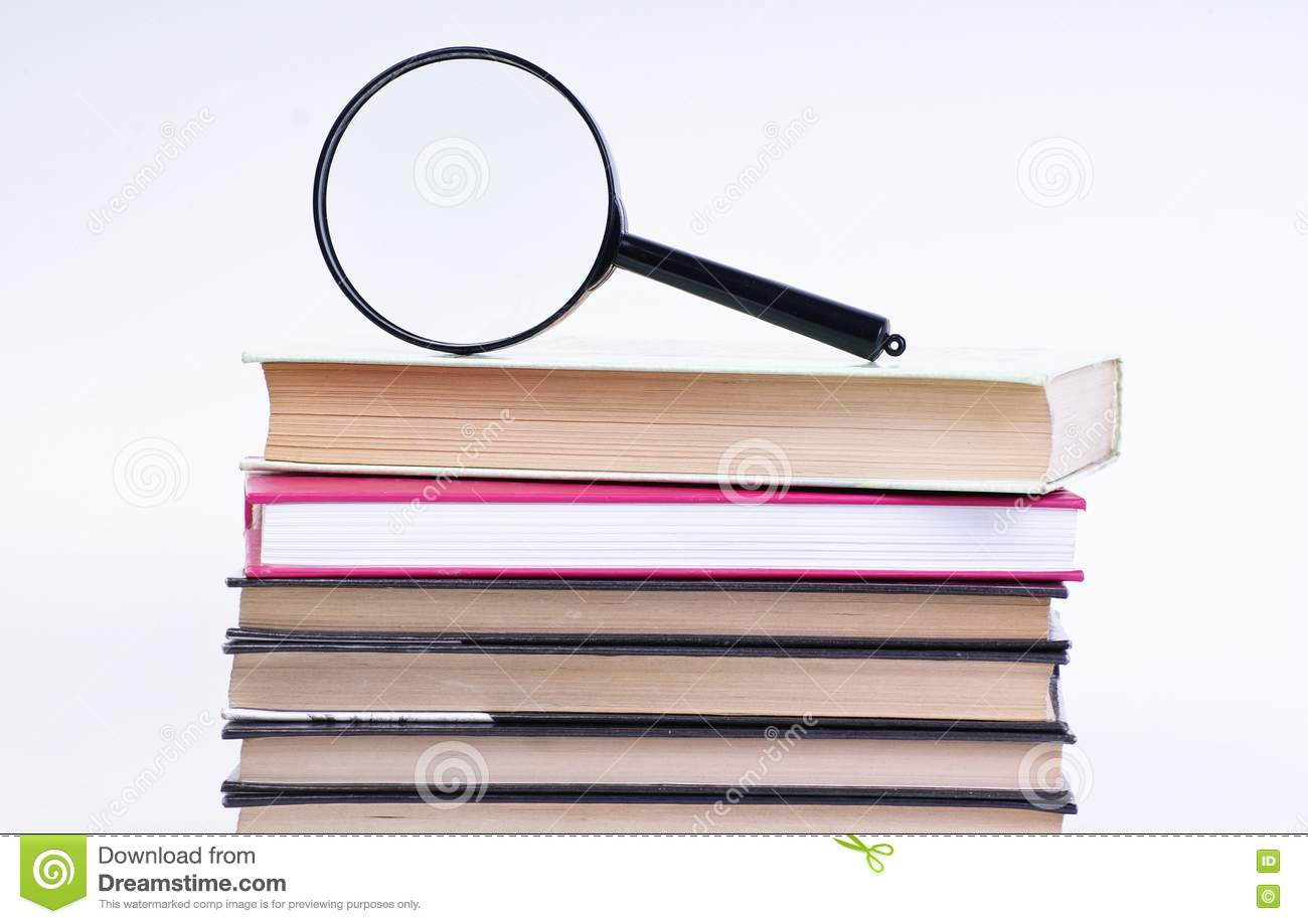 magnifying glass book report Don't miss these: dr kate granger opens the new uclan school of medicine celine dion cancels las vegas concerts to undergo surgery | e news latest sports news report.
