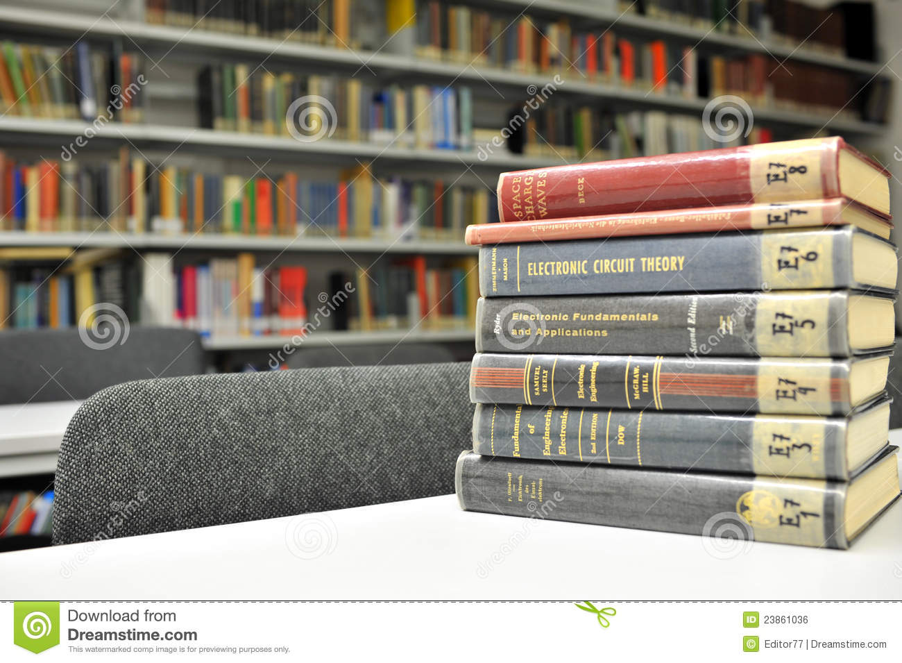 Books of physics editorial photo  Image of research, college