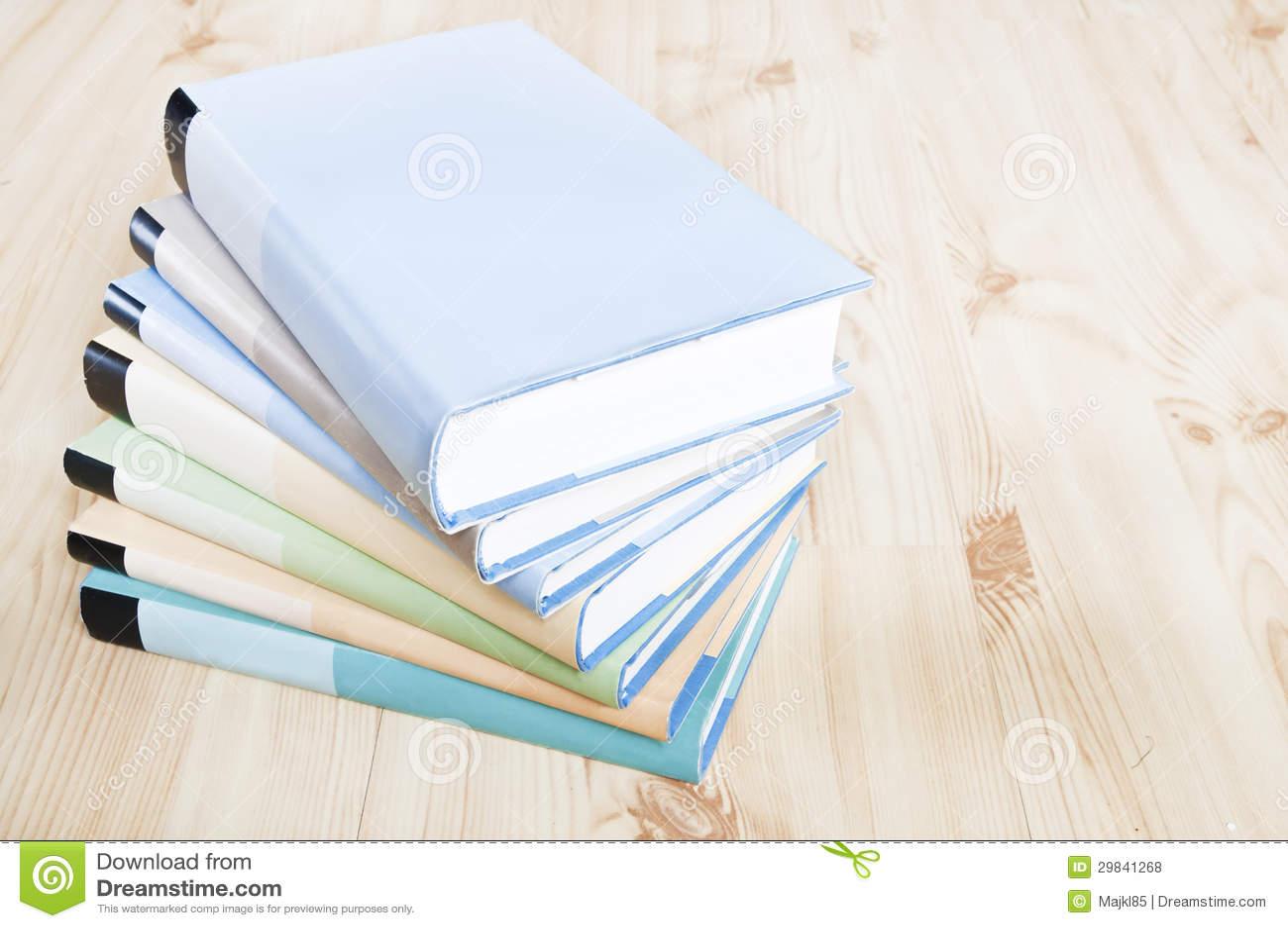 Bookstack colorido
