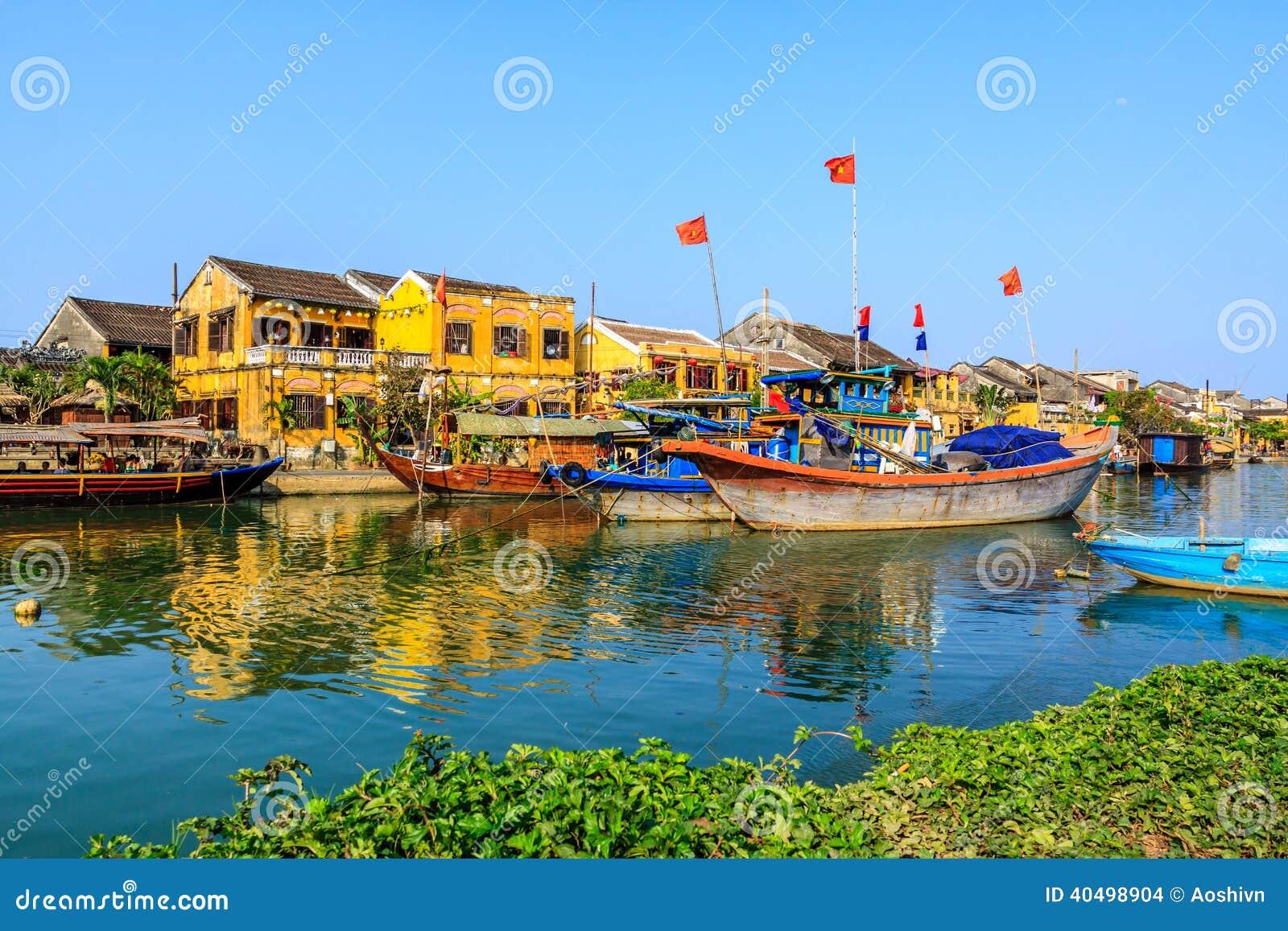 Boot auf Hoai-Fluss