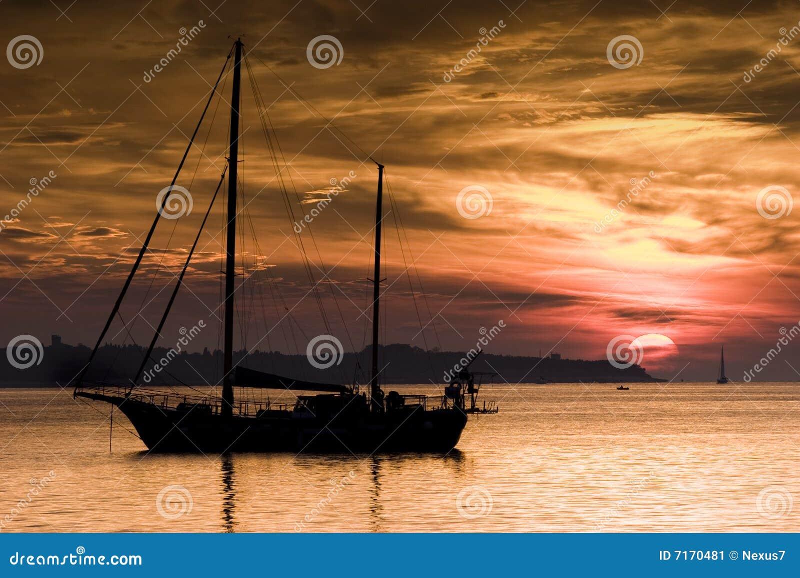 Boot en de Zonsondergang