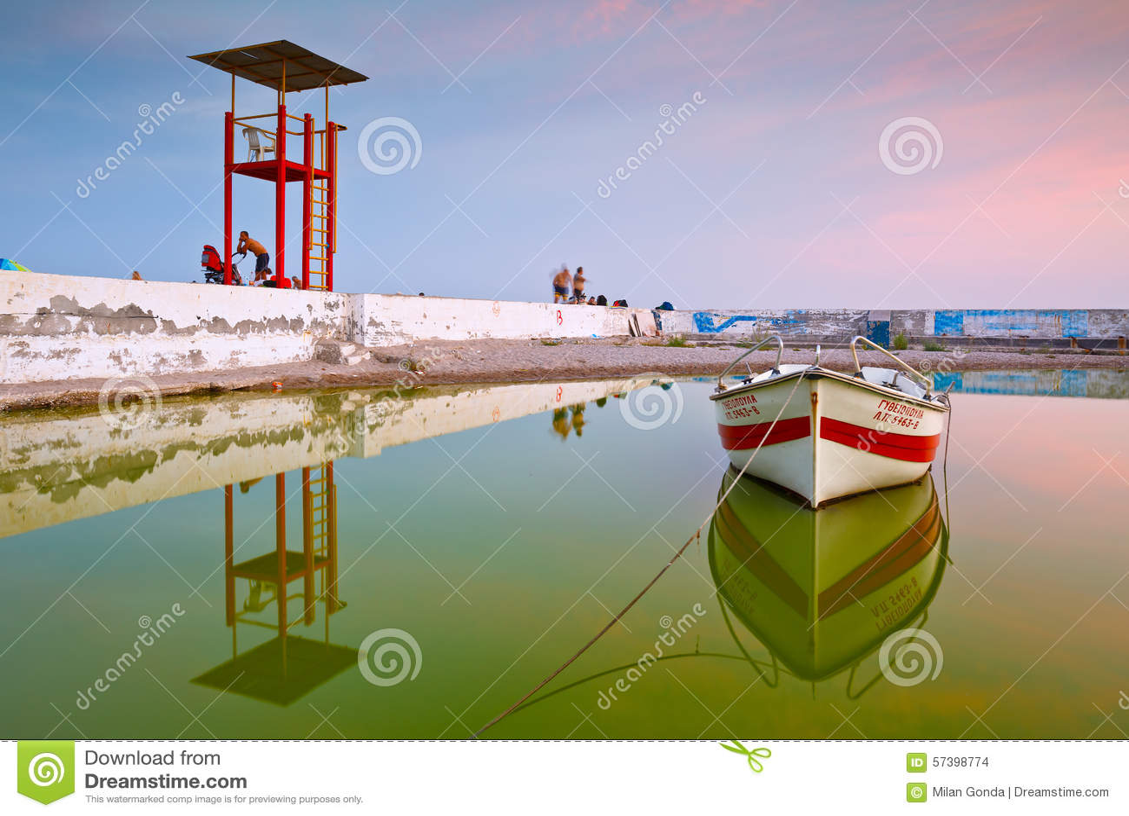 Boot in Palio Faliro in Athene