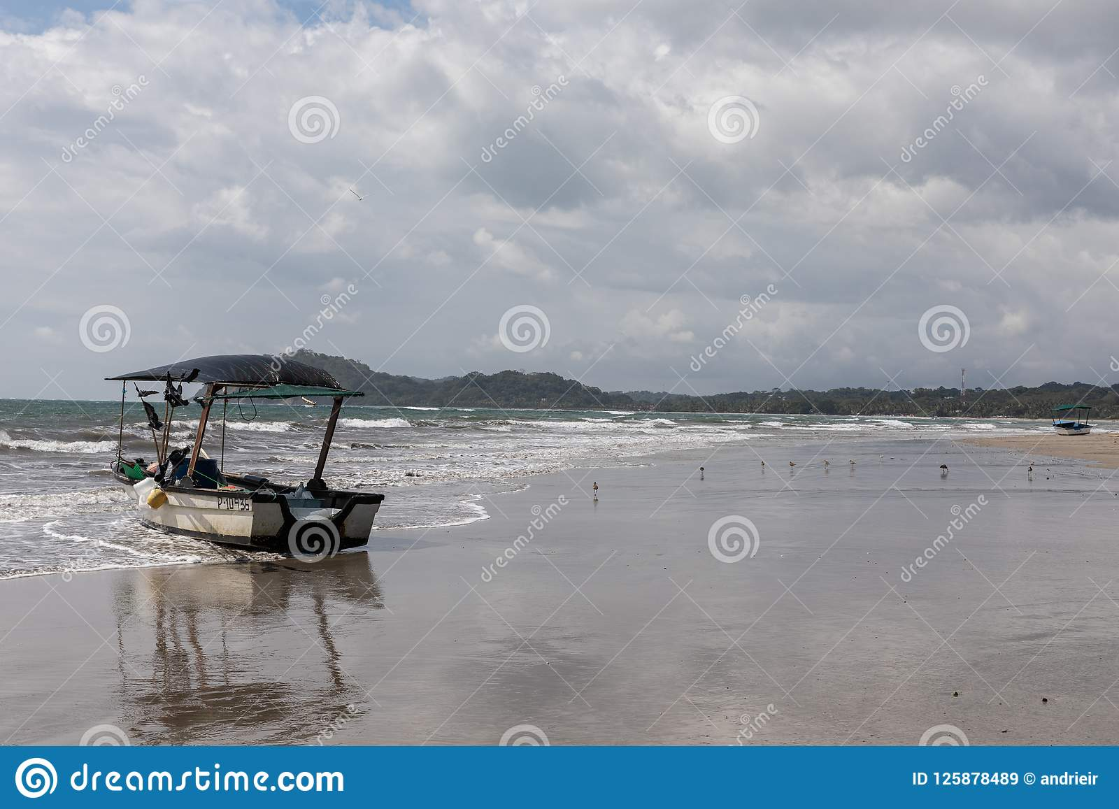 Boot Playa Samara Beach Cota Rica