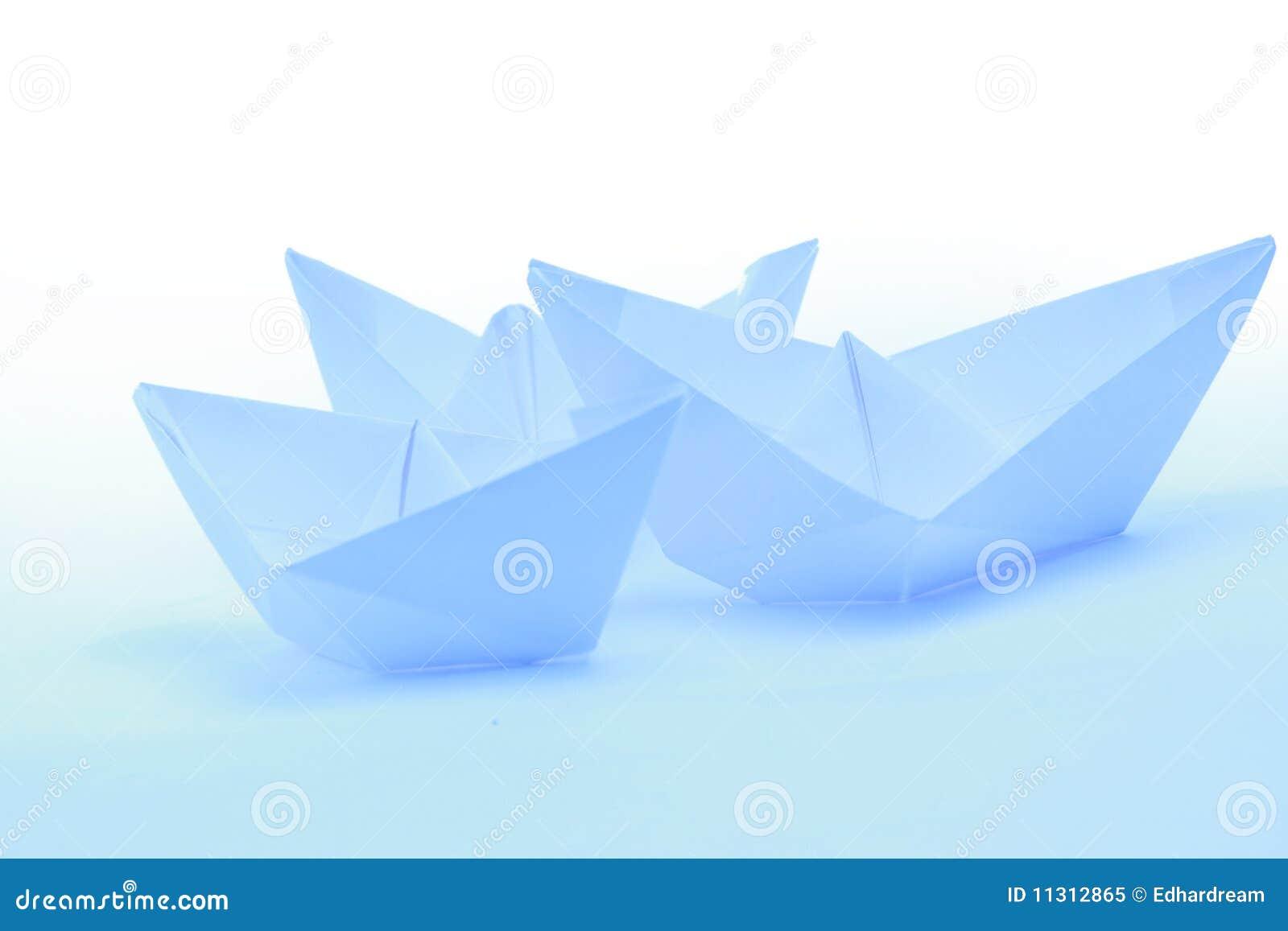 Boote des blauen Papiers