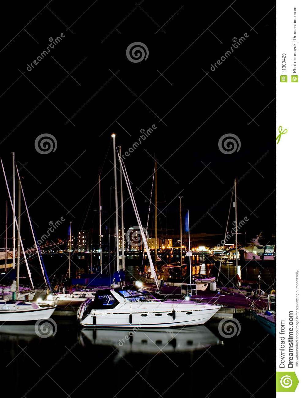 Boote nachts
