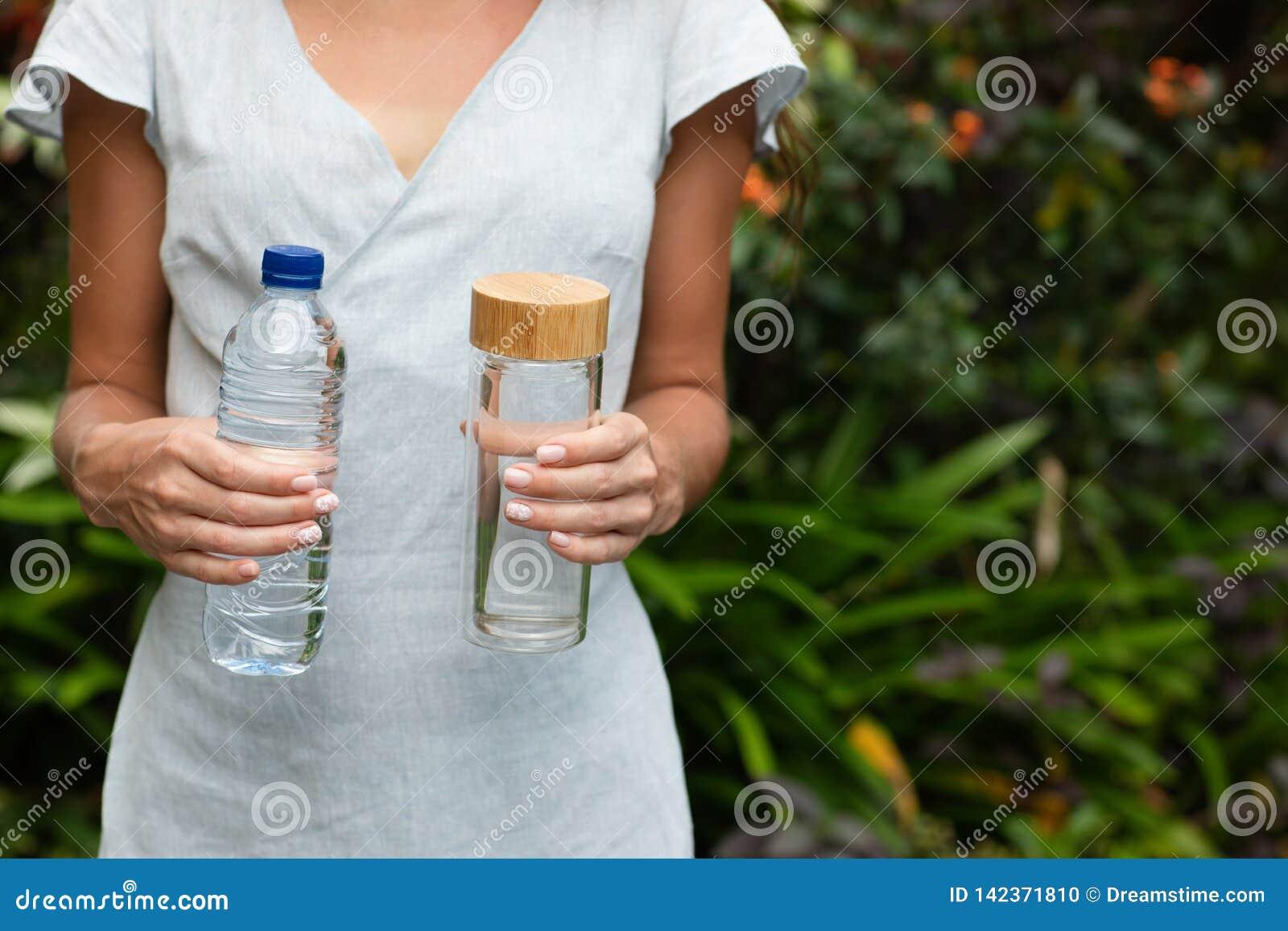 Bootle plástico e de vidro