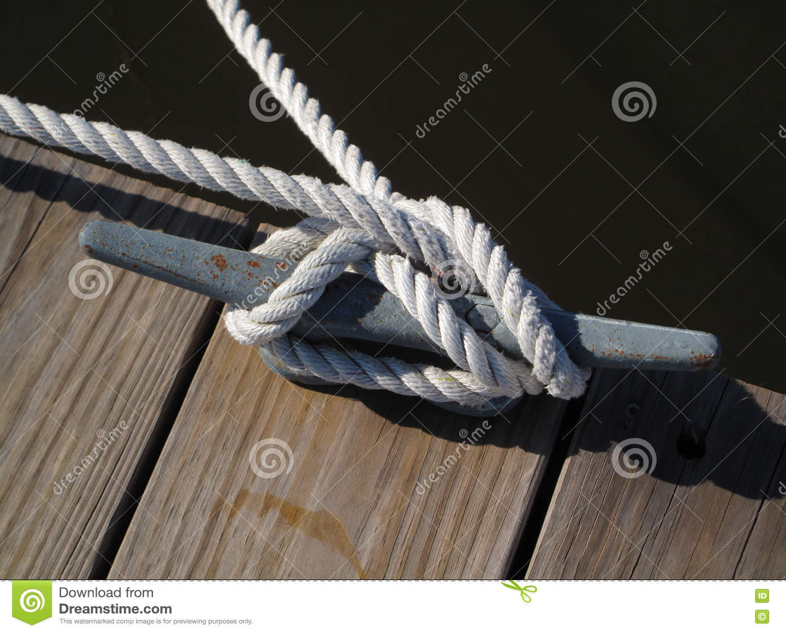 Boots-Seil binden unten