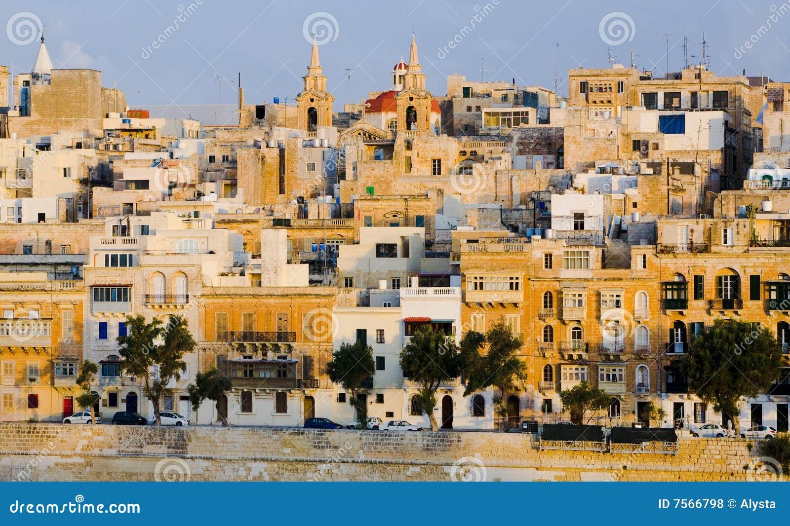 Bord de mer de Malte valletta de constructions