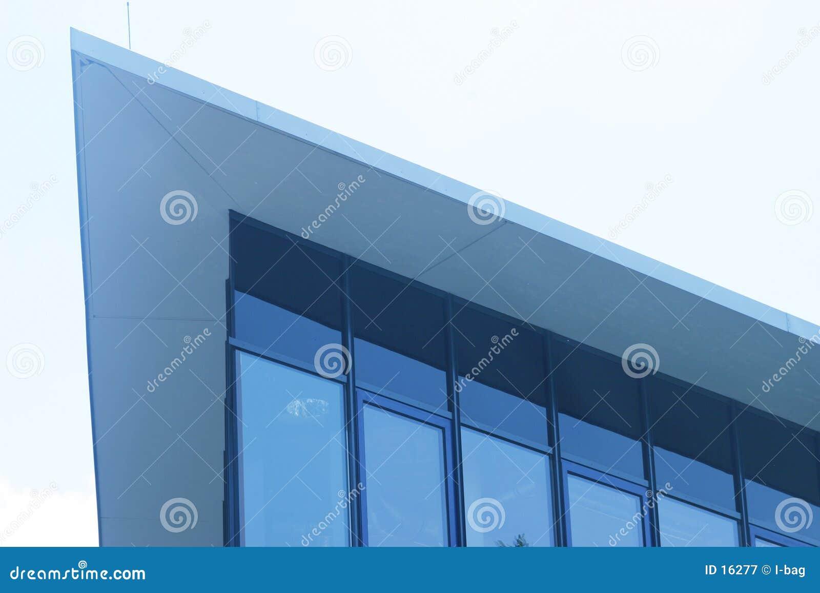 Borde moderno del triángulo del edificio