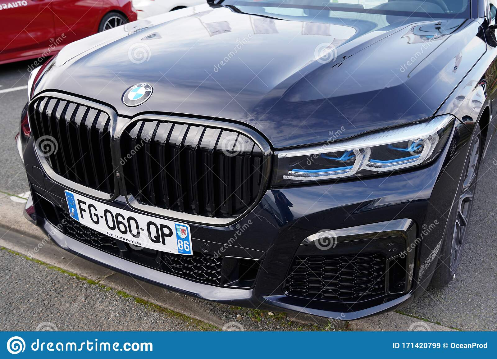 1 074 Bmw New Logo Photos Free Royalty Free Stock Photos From Dreamstime