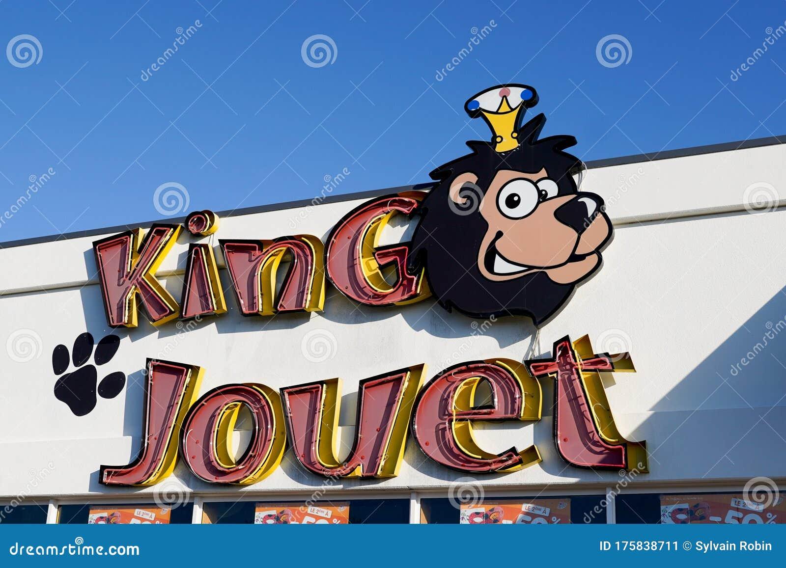 Bordeaux , Aquitaine / France - 03 15 2020 : King Jouet ...