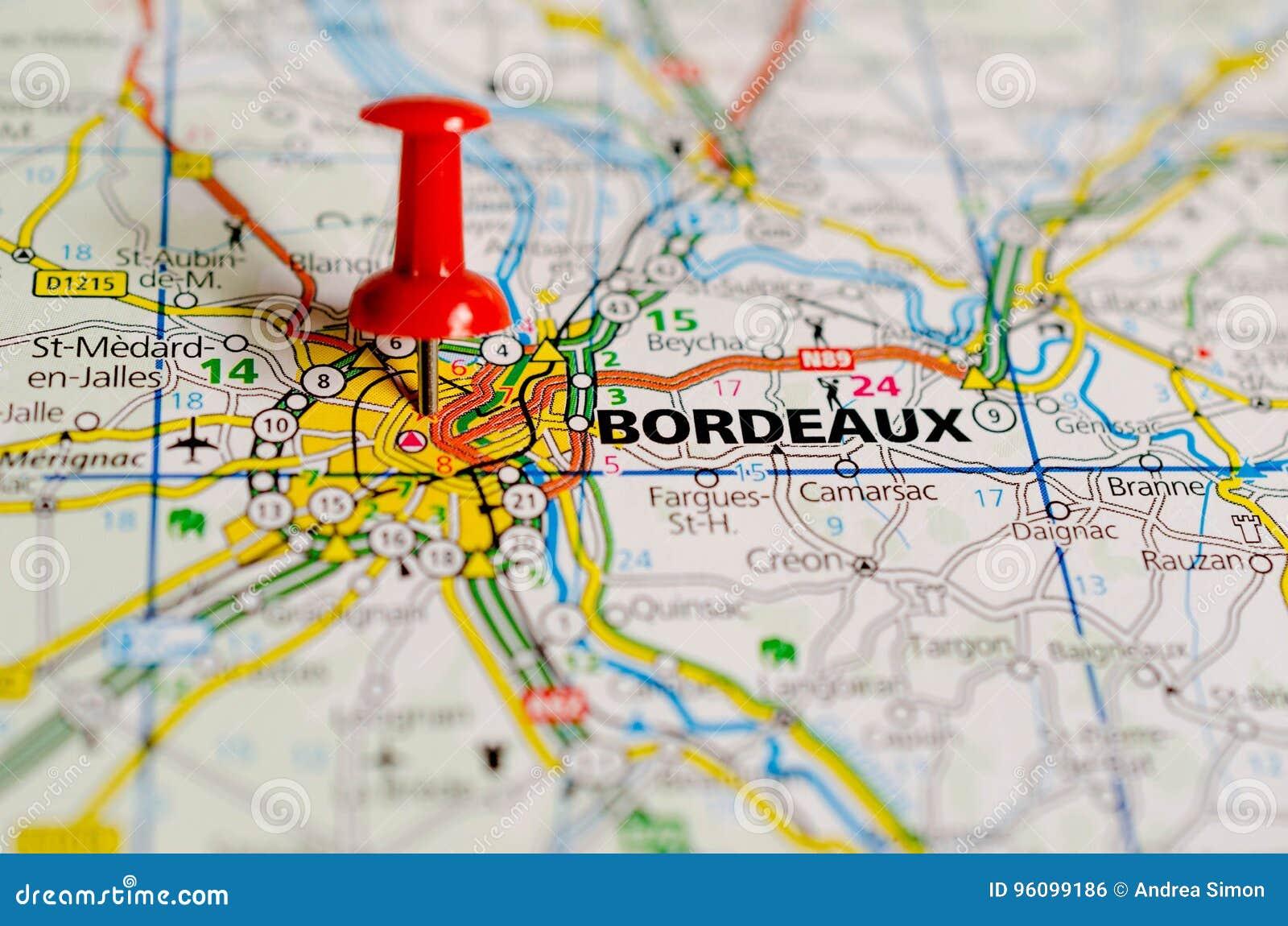 Bordeaux on map
