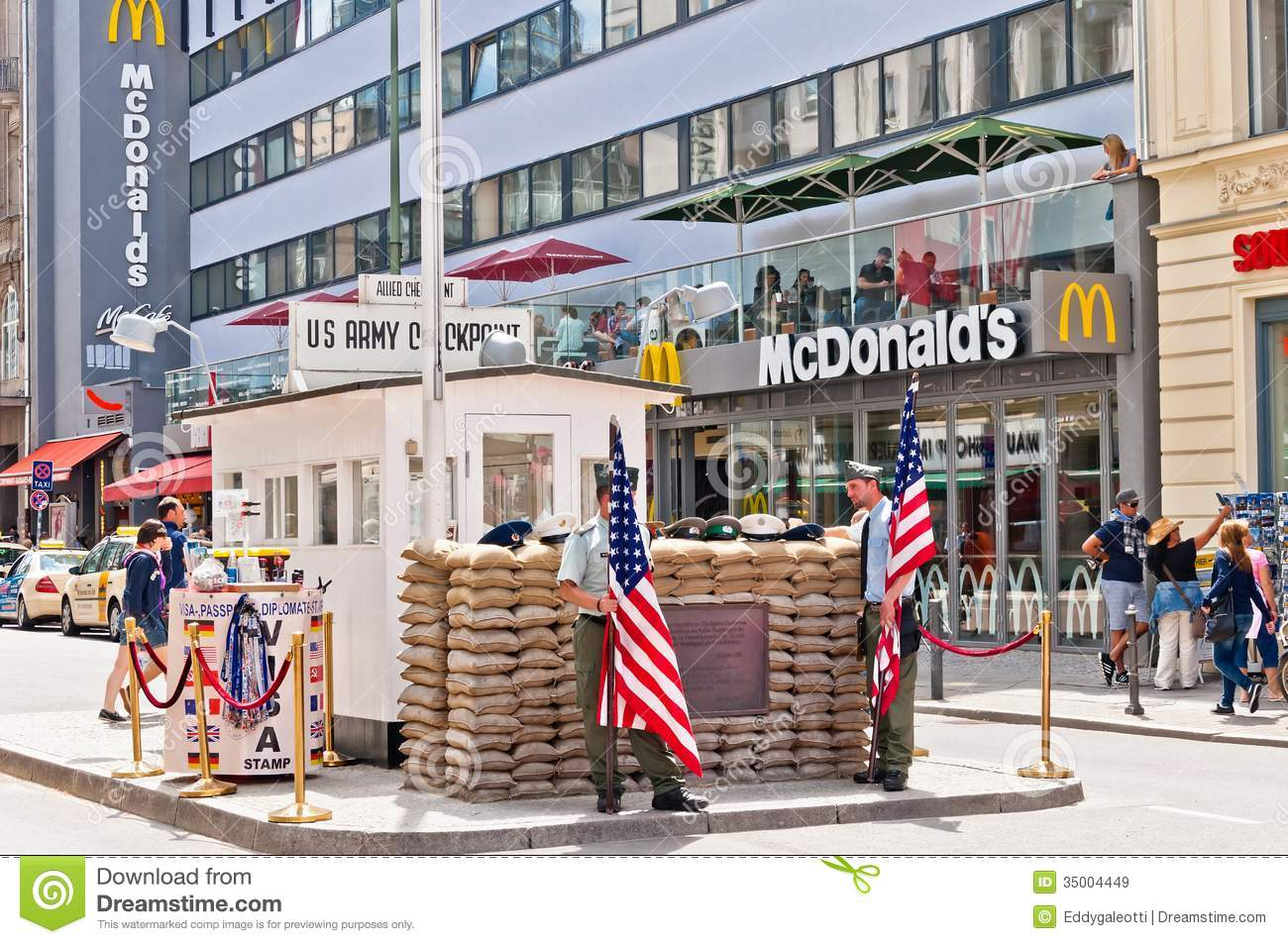 border cross checkpoint charlie in berlin editorial stock image image of charlie heritage. Black Bedroom Furniture Sets. Home Design Ideas