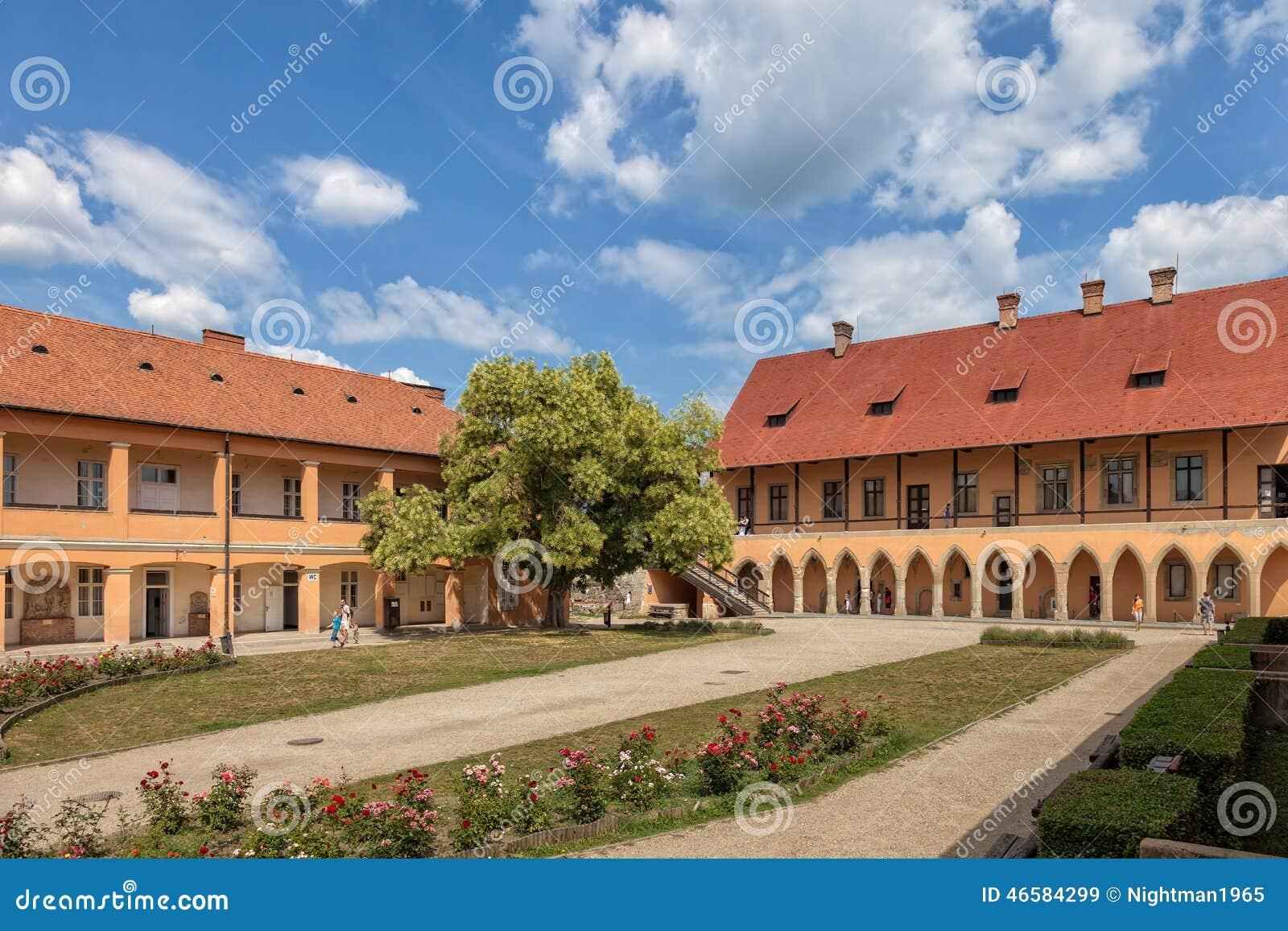 Borggård av slotten