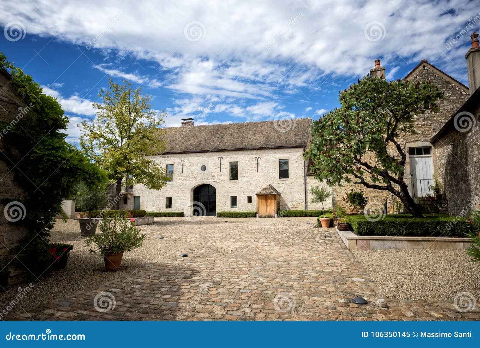 Borgonha O ` s do mundo o mais famoso e vinho mundialmente famoso: Romanée-Conti, França