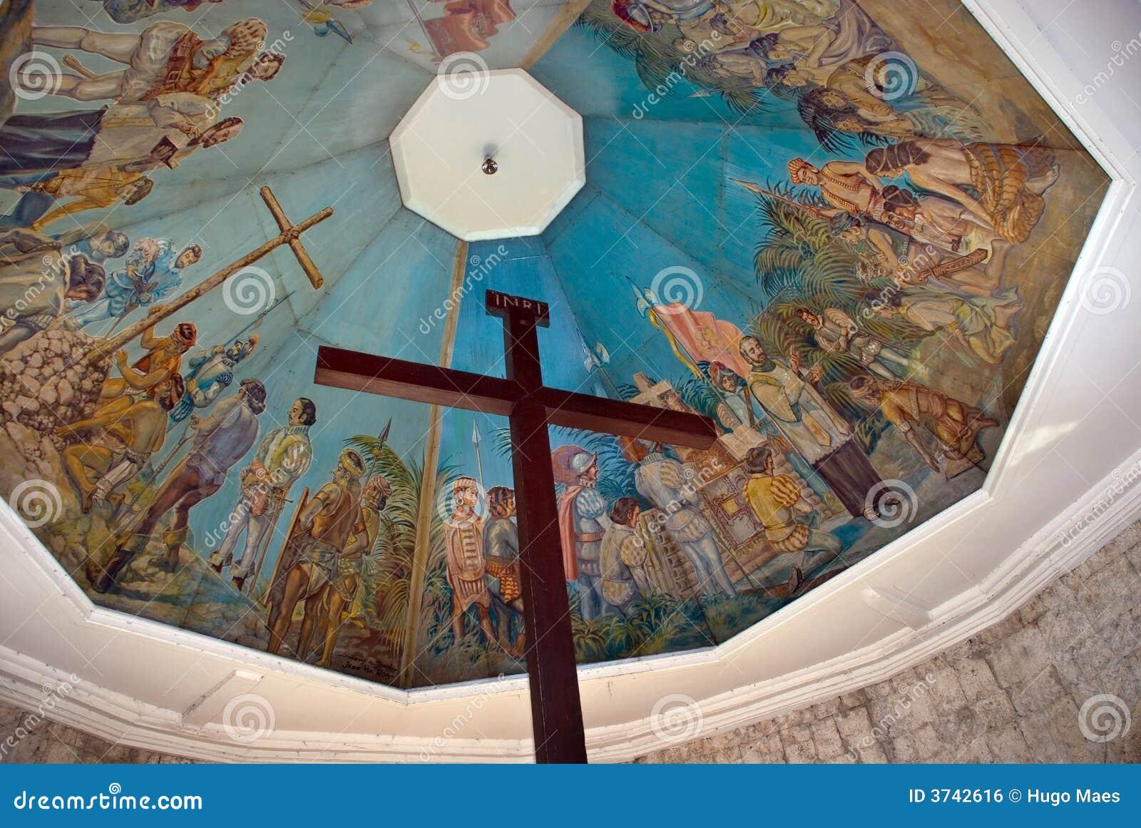 Borne limite historique de Cebu : La croix de Magellan