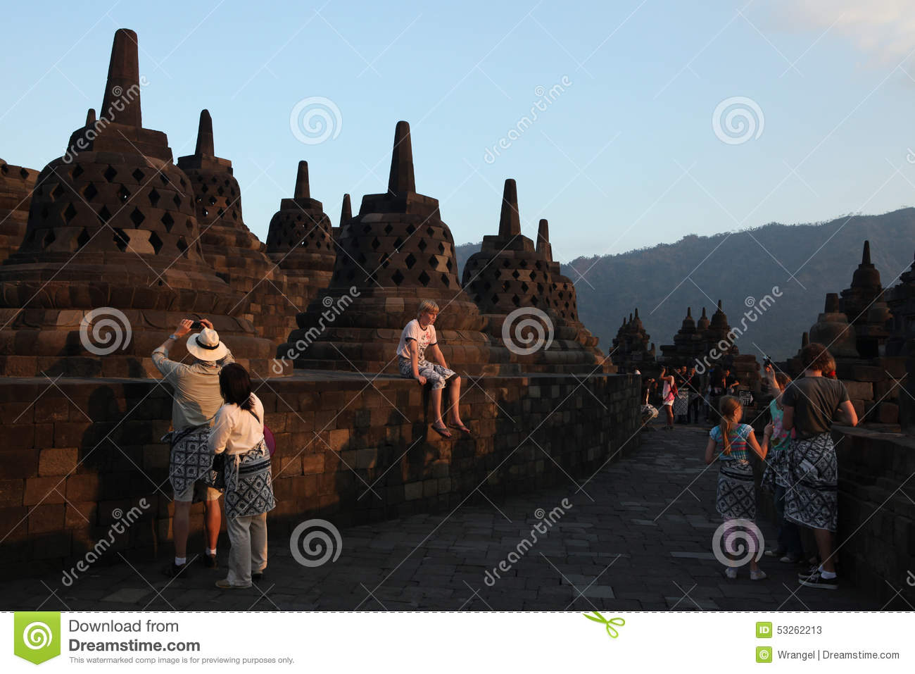 Magelang Indonesia  City pictures : MAGELANG, INDONESIA AUGUST 1, 2011: Tourists visit the Borobudur ...