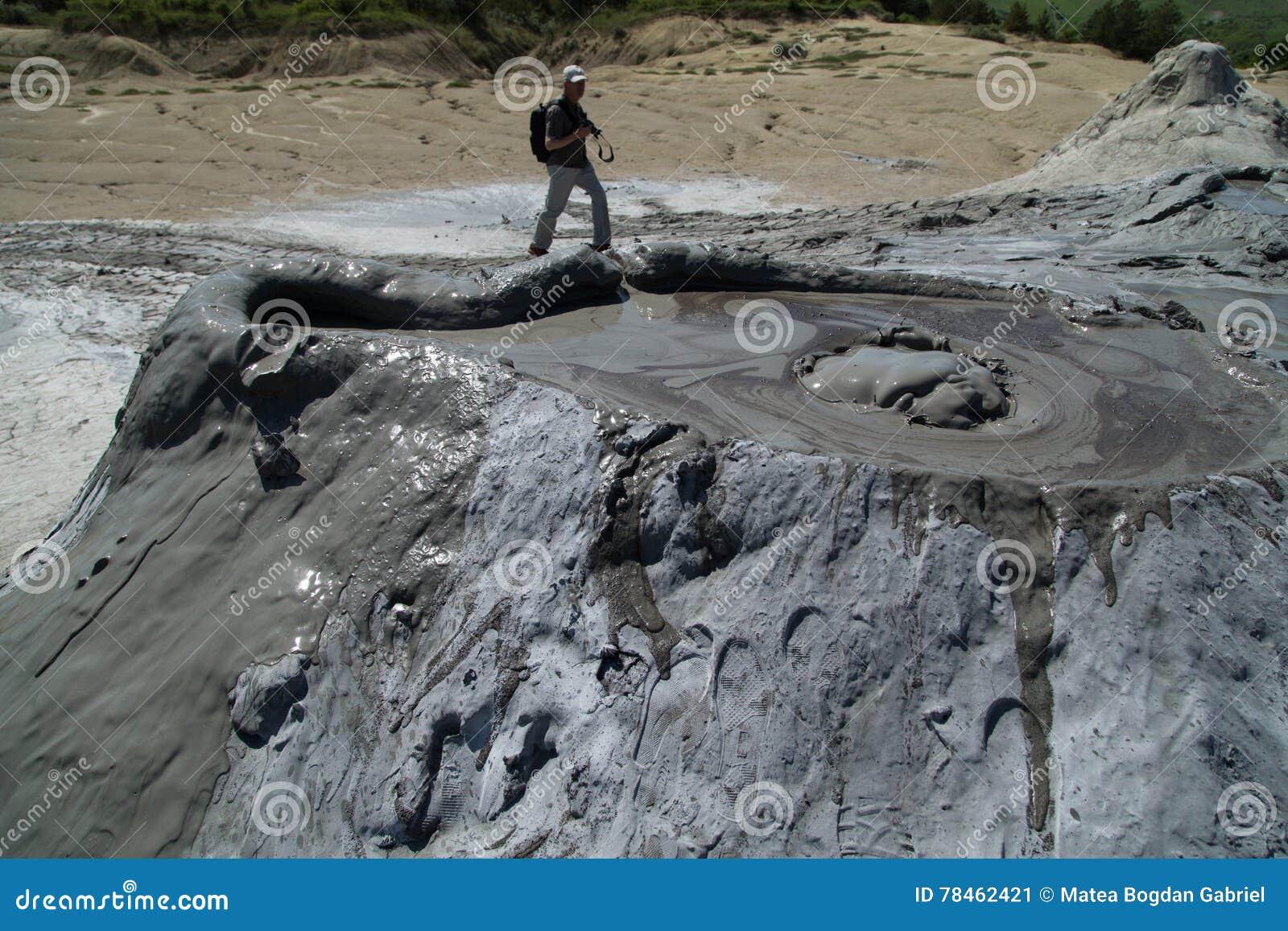 Borowinowy wulkanu Gulgotać