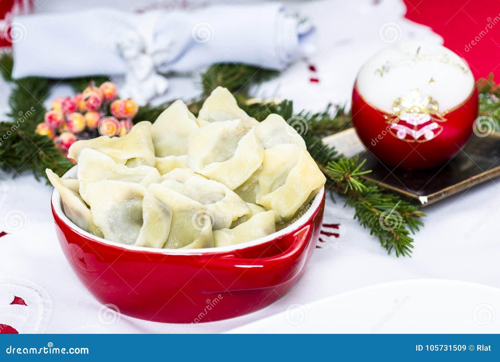 Borscht rosso con le polpette
