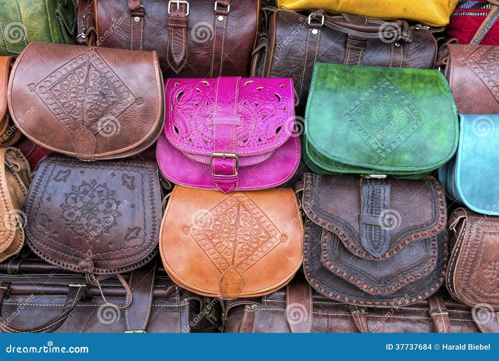 Borse Fatte A Mano Immagini : Borse di cuoio fatte a mano marocco fotografia stock