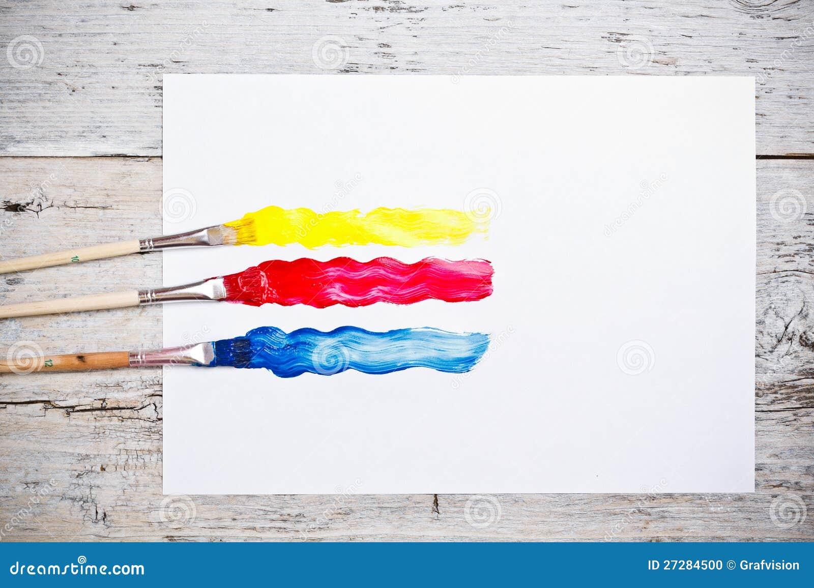 Borsteslaglängder med målarfärgborstar