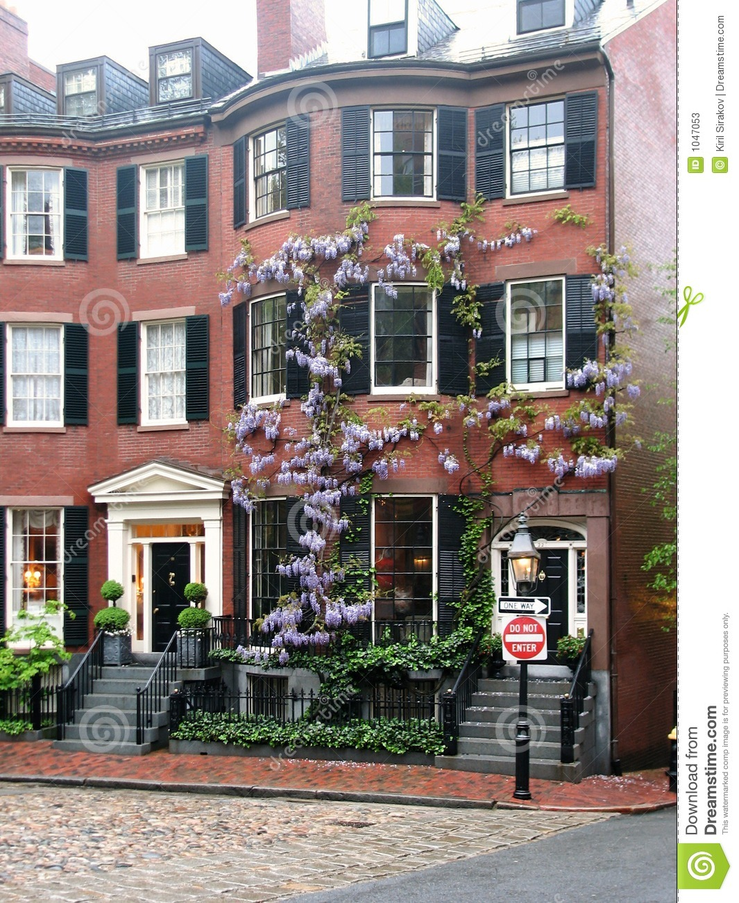 Louisburg Square Stock Image. Image Of Hill