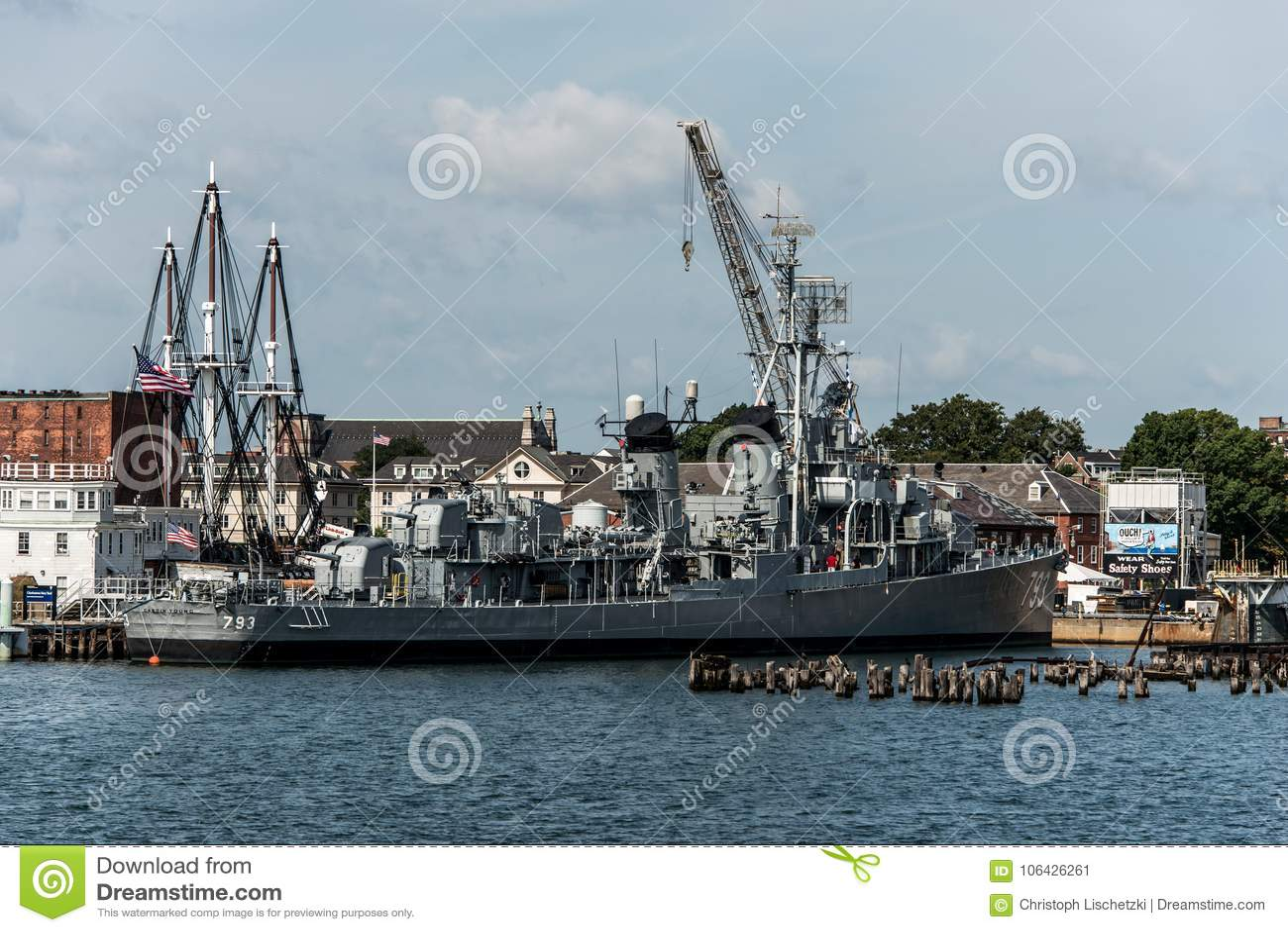 Boston Massachusetts usa 06 09 2017- USS Cassin Fletcher klasy Młodego niszczyciela Krajowy Historyczny punkt zwrotny