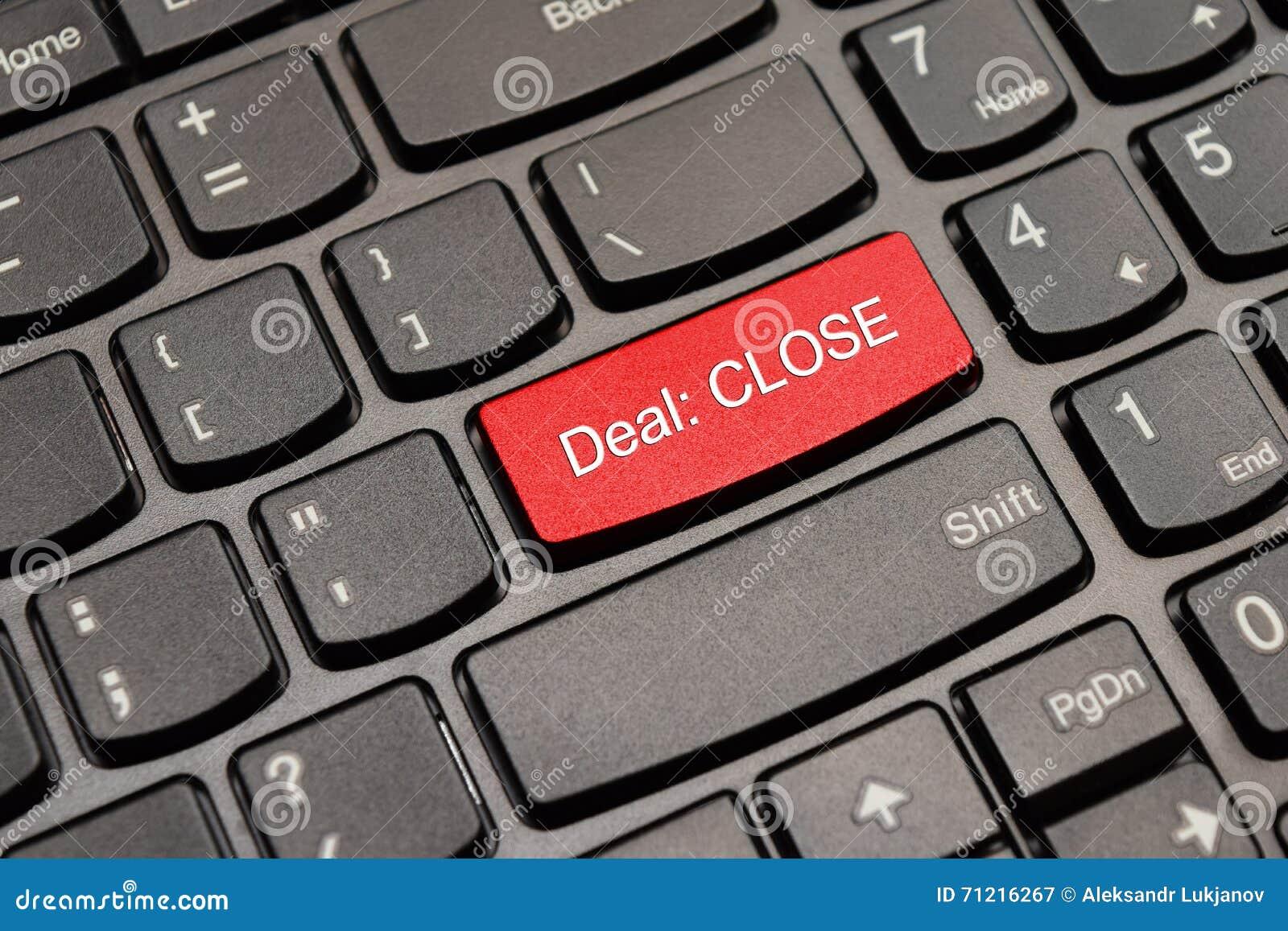 Botón del teclado del trato del cierre del rojo