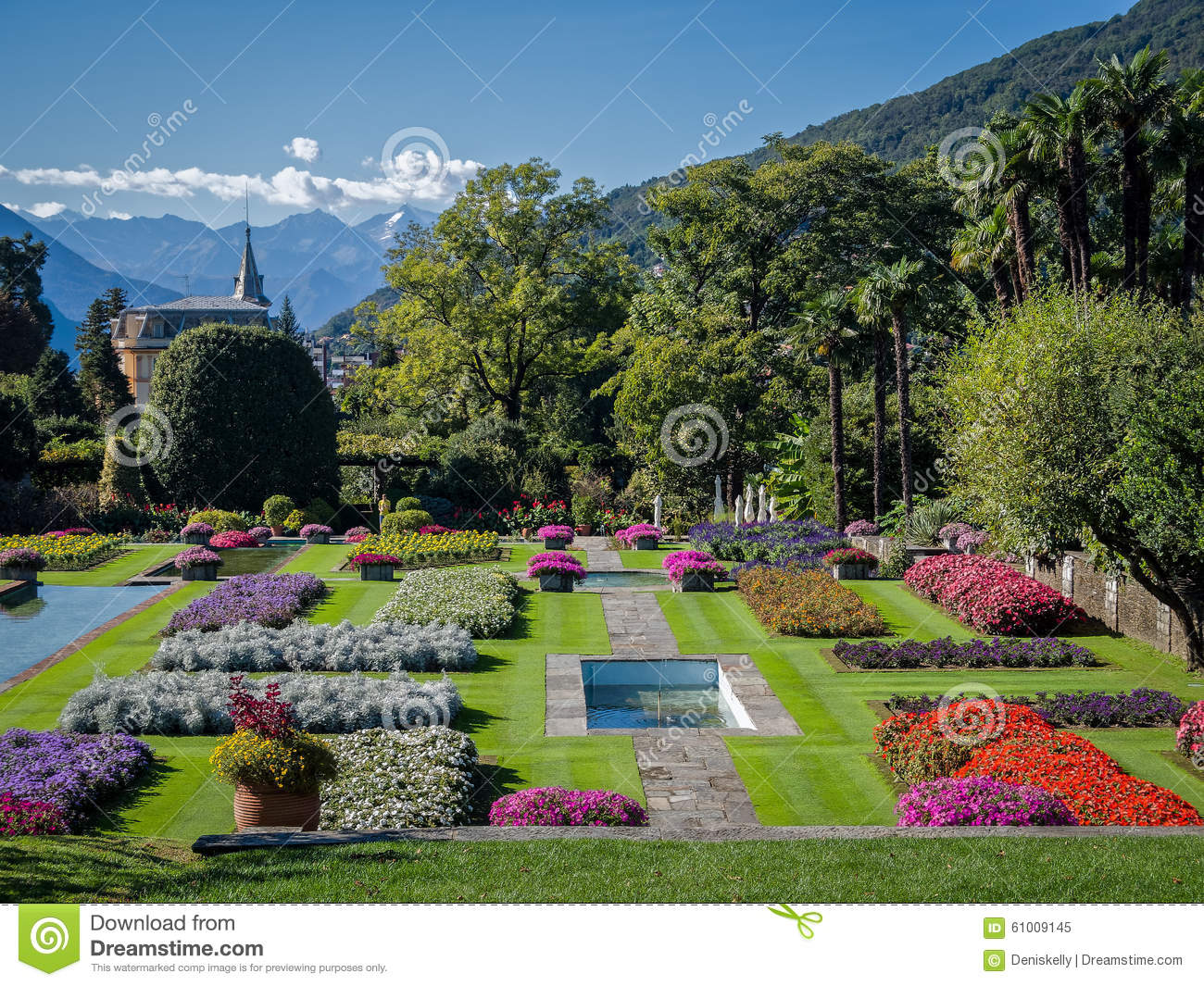 Botanical gardens villa taranto italy stock image image for Gardens and villa