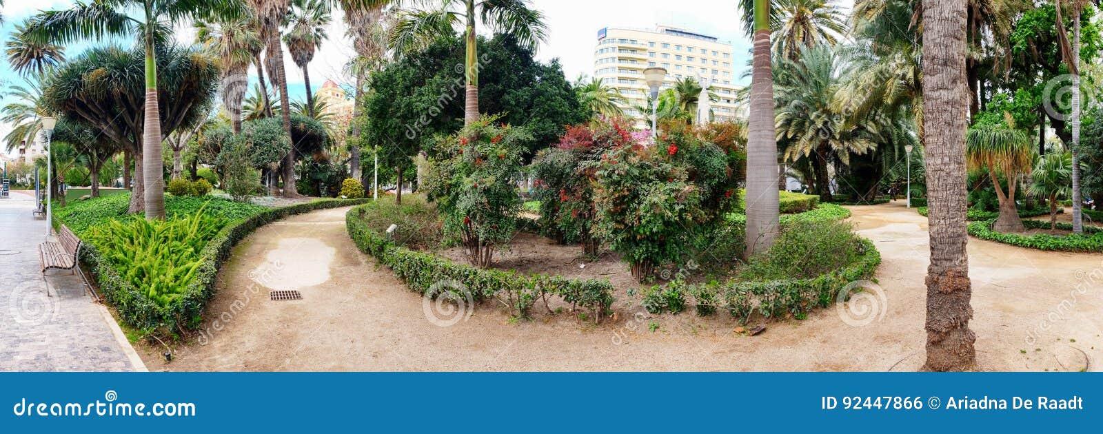 Botanisch stadspark in Malaga, Spanje