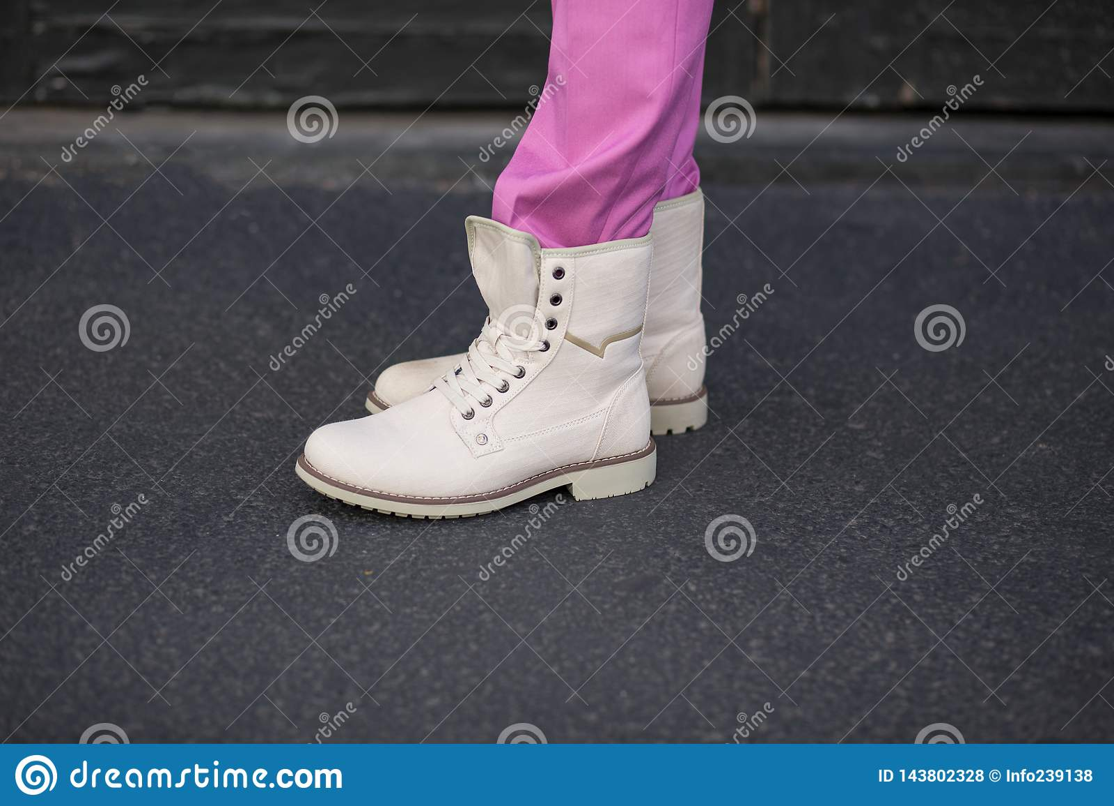 Botas beige de la lona