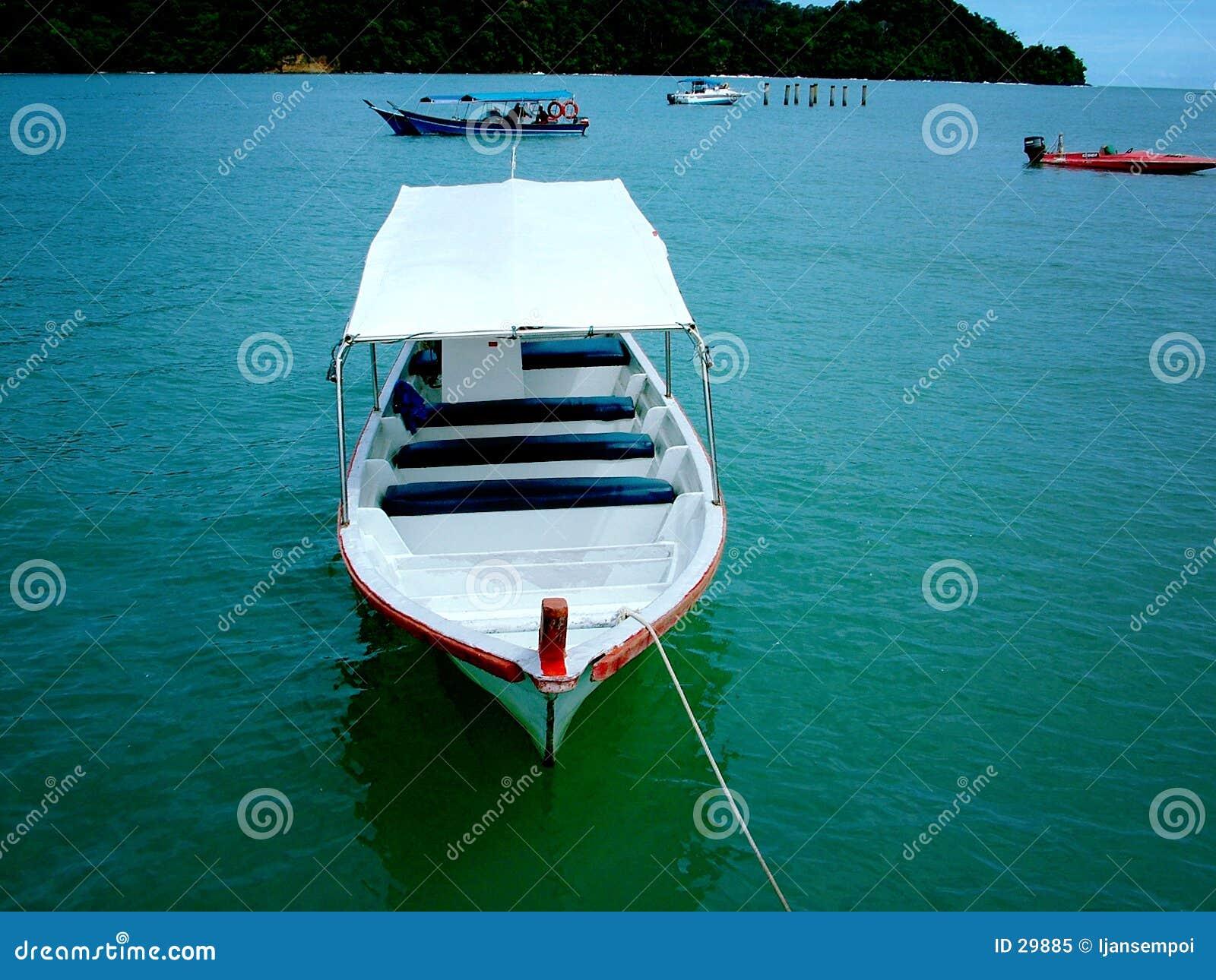 Download Bote pequeño imagen de archivo. Imagen de canoa, yate, bote - 29885