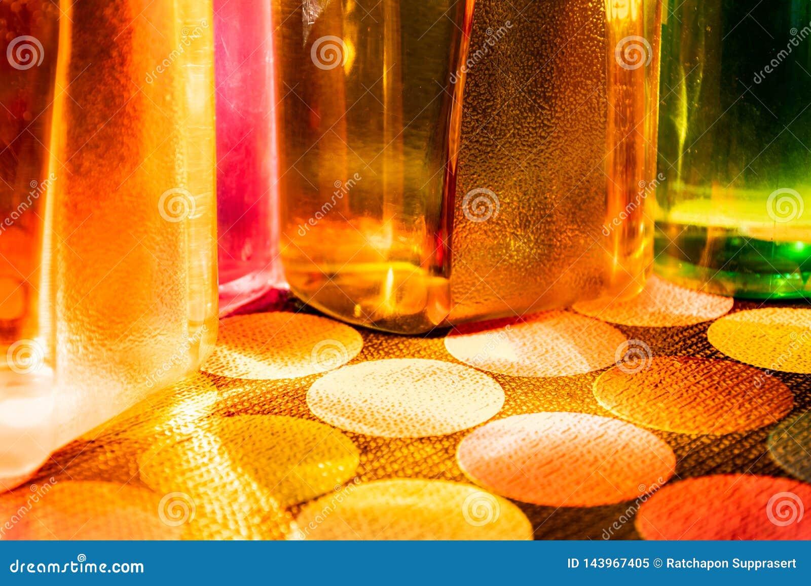 Botella de agua colorida