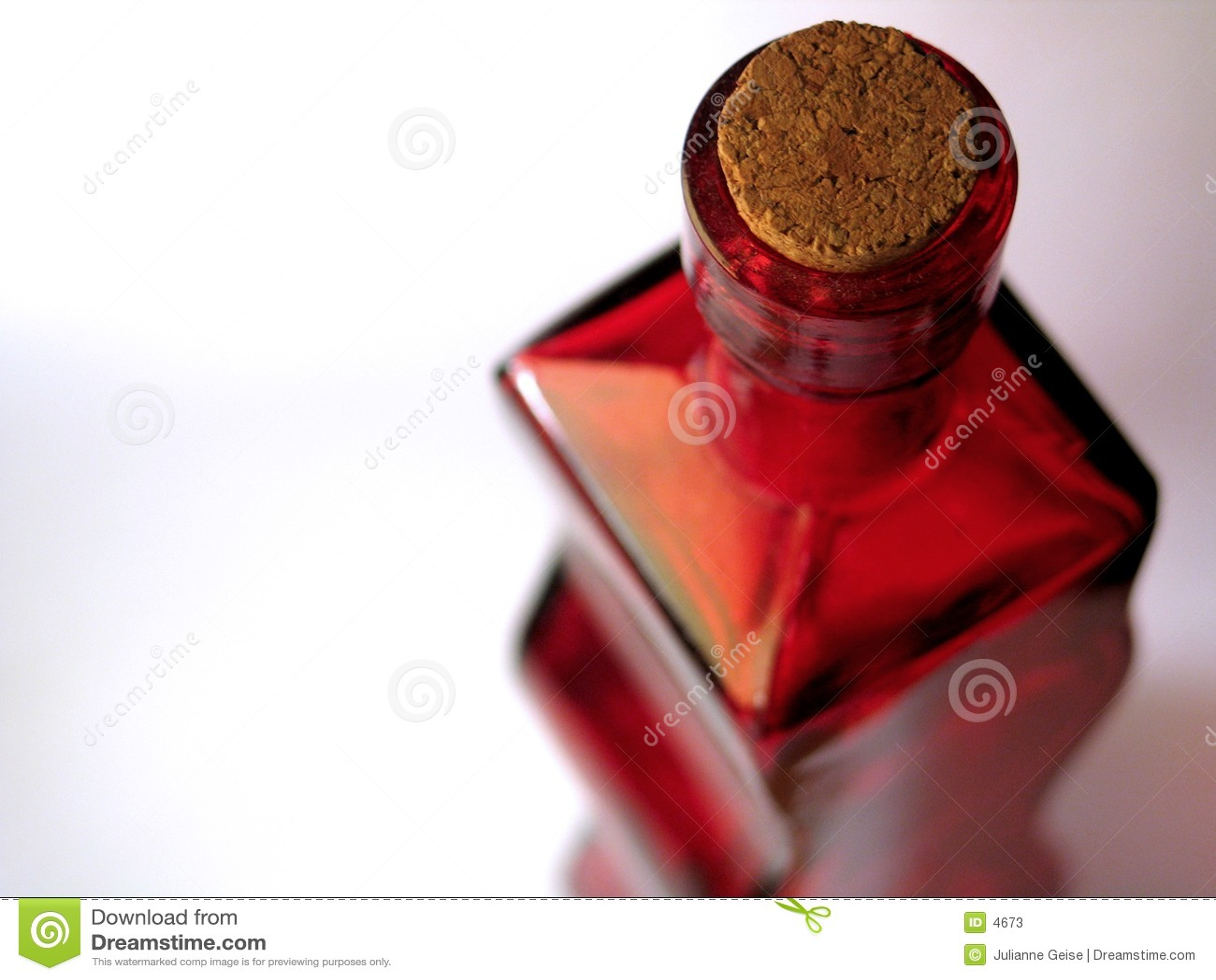 Botella de cristal roja #2