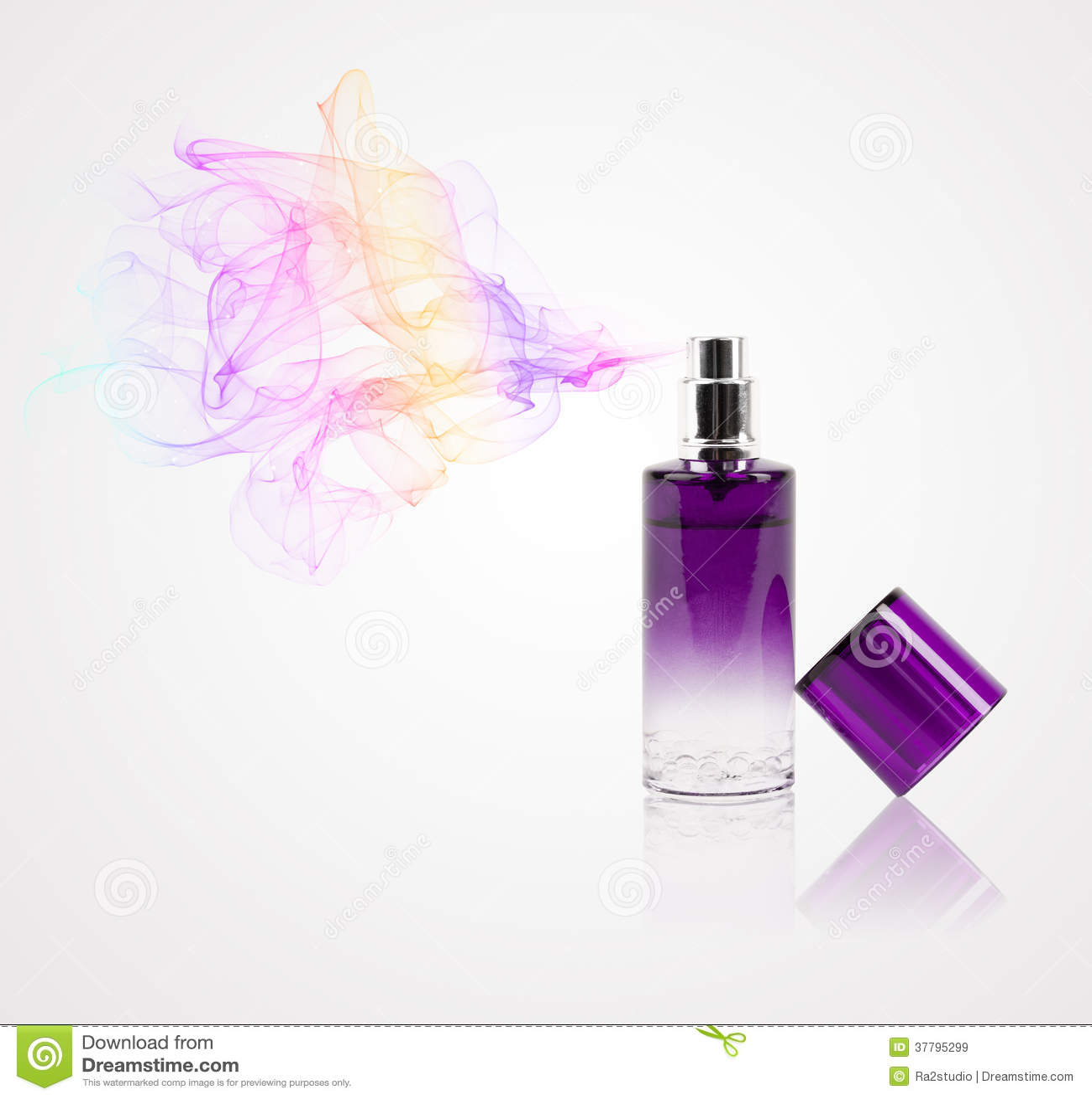 Botella de perfume que rocía olor coloreado