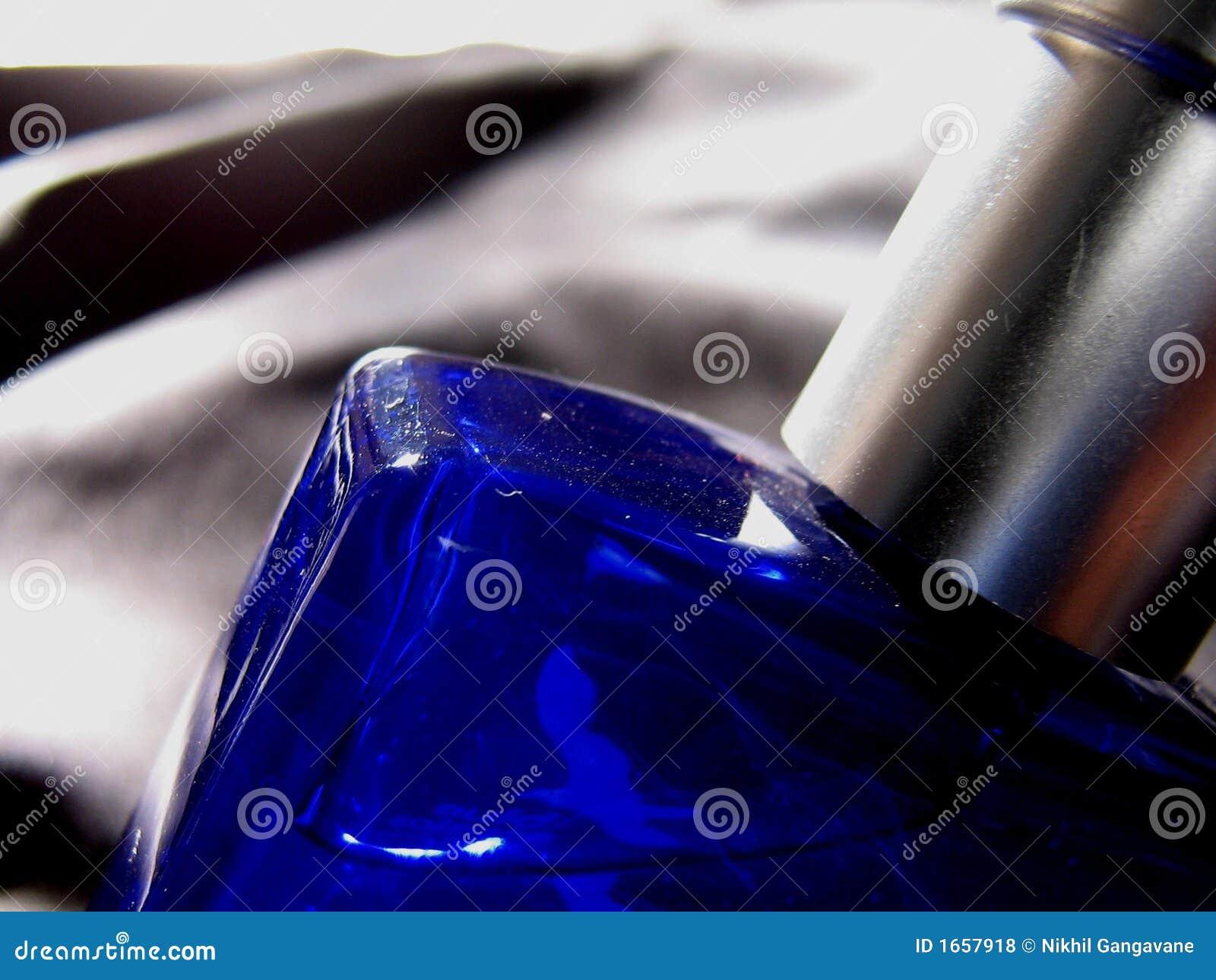 Botella en azul